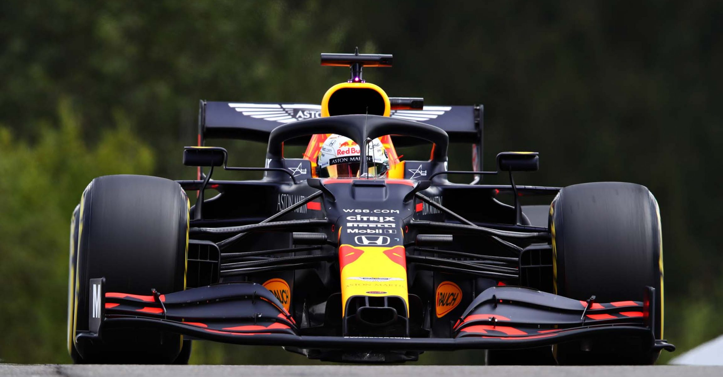 SPA, BELGIUM - AUGUST 29: Max Verstappen of the Netherlands driving the (33) Aston Martin Red Bull Racing RB16 drives on track during qualifying for the F1 Grand Prix of Belgium at Circuit de Spa-Francorchamps on August 29, 2020 in Spa, Belgium. (Photo by Mark Thompson/Getty Images)