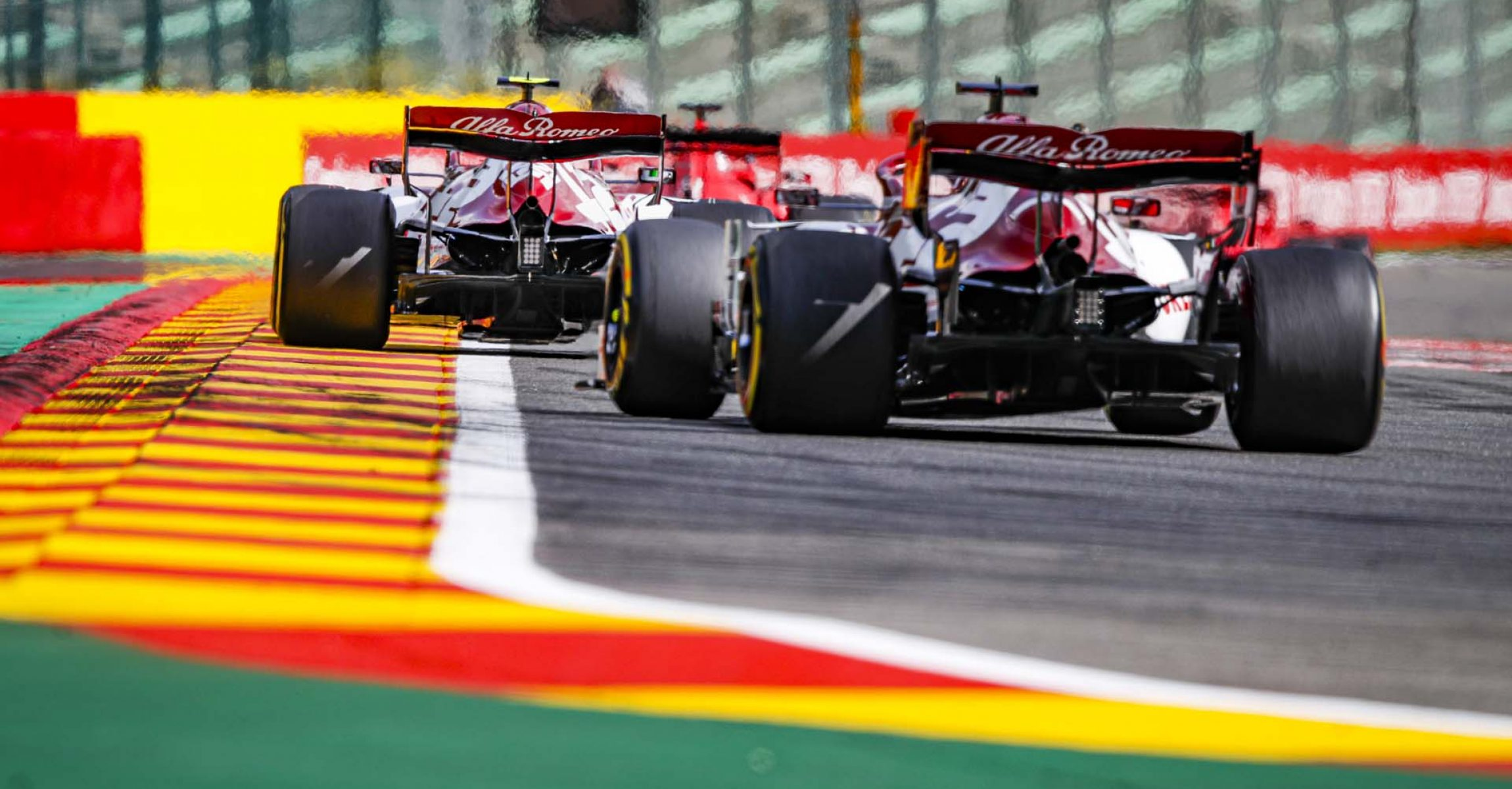 99 GIOVINAZZI Antonio (ita), Alfa Romeo Racing ORLEN C39, 07 RAIKKONEN Kimi (fin), Alfa Romeo Racing ORLEN C39, action during the Formula 1 Rolex Belgian Grand Prix 2020, from August 28 to 30, 2020 on the Circuit de Spa-Francorchamps, in Stavelot, near Liège, Belgium - Photo Florent Gooden / DPPI