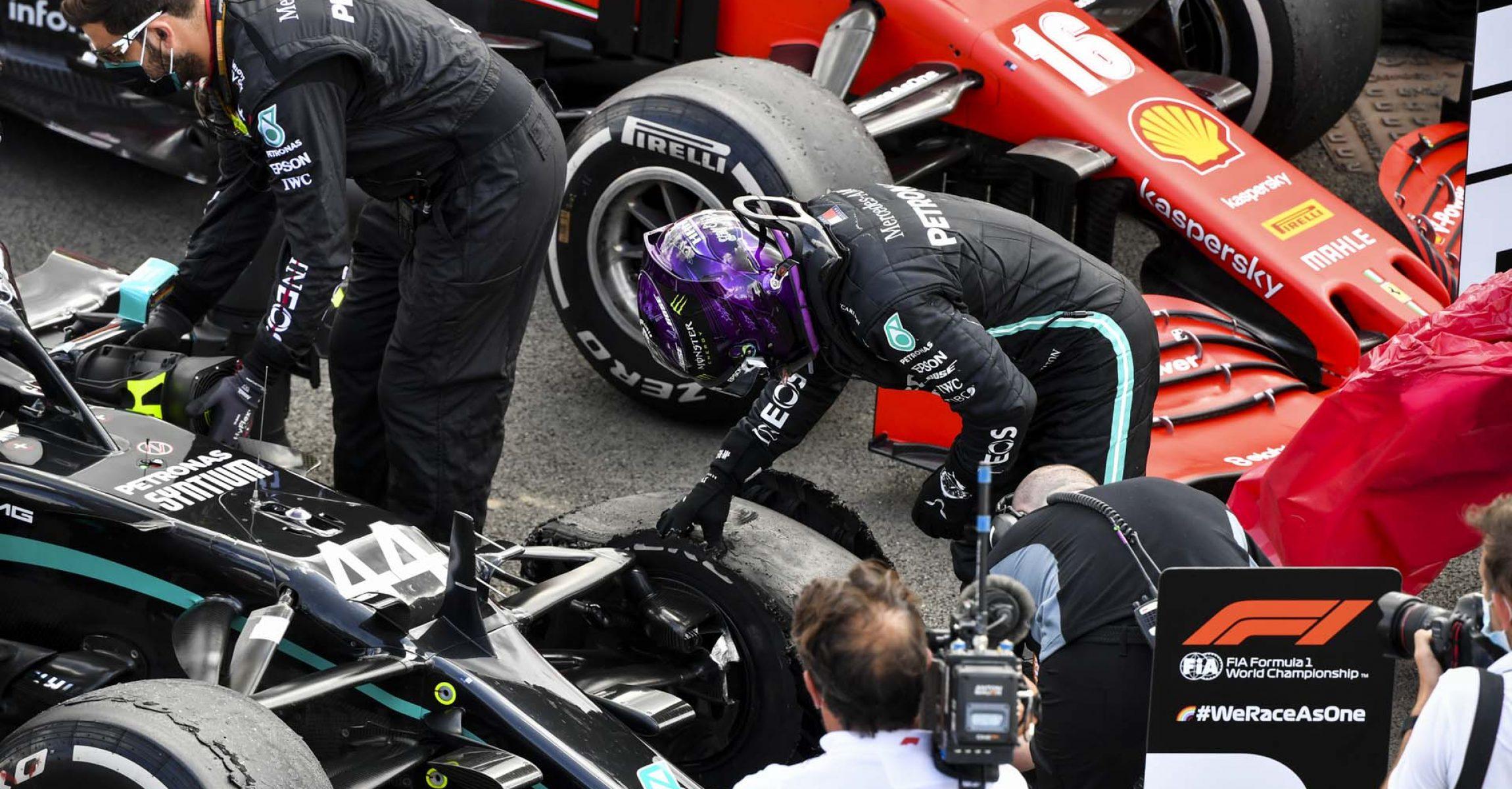 2020 British Grand Prix,Sunday - LAT Images Lewis Hamilton puncture Mercedes