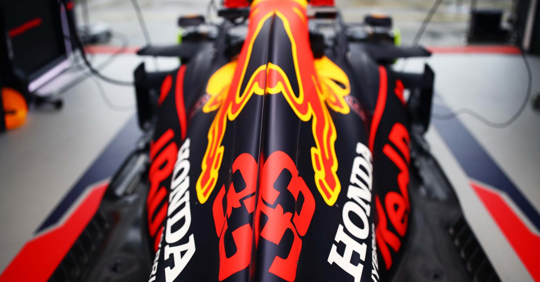 NUERBURG, GERMANY - OCTOBER 09: The car of Max Verstappen of Netherlands and Red Bull Racing is pictured in the garage during practice ahead of the F1 Eifel Grand Prix at Nuerburgring on October 09, 2020 in Nuerburg, Germany. (Photo by Mark Thompson/Getty Images)