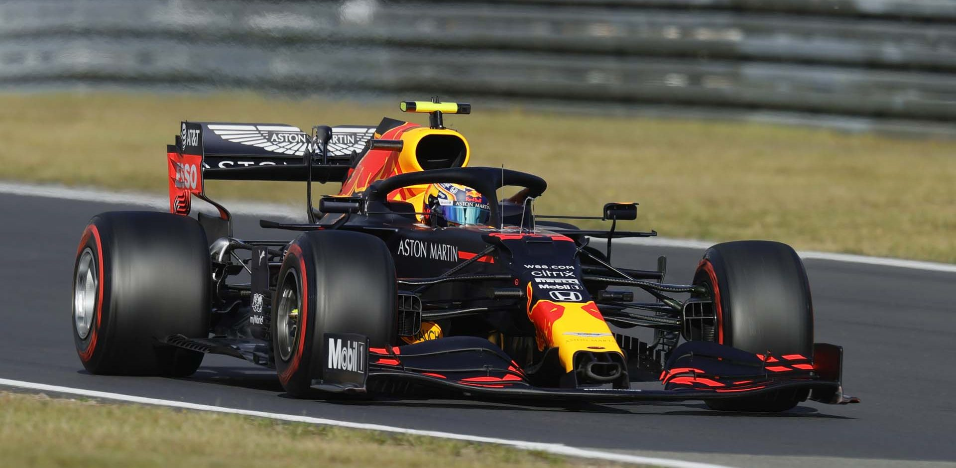 NUERBURG, GERMANY - OCTOBER 10: Alexander Albon of Thailand driving the (23) Aston Martin Red Bull Racing RB16 on track during qualifying ahead of the F1 Eifel Grand Prix at Nuerburgring on October 10, 2020 in Nuerburg, Germany. (Photo by Ronald Wittek - Pool/Getty Images)