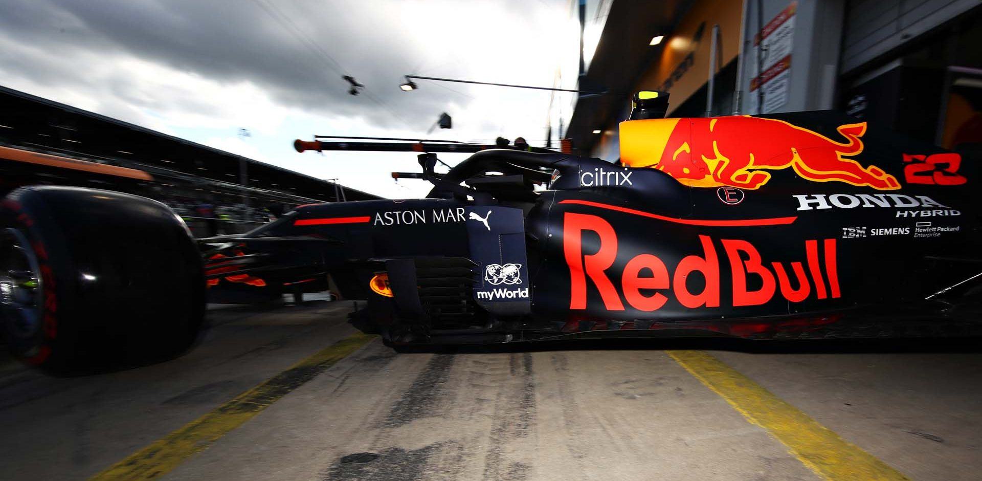 NUERBURG, GERMANY - OCTOBER 10: Alexander Albon of Thailand driving the (23) Aston Martin Red Bull Racing RB16 leaves the garage during qualifying ahead of the F1 Eifel Grand Prix at Nuerburgring on October 10, 2020 in Nuerburg, Germany. (Photo by Mark Thompson/Getty Images)
