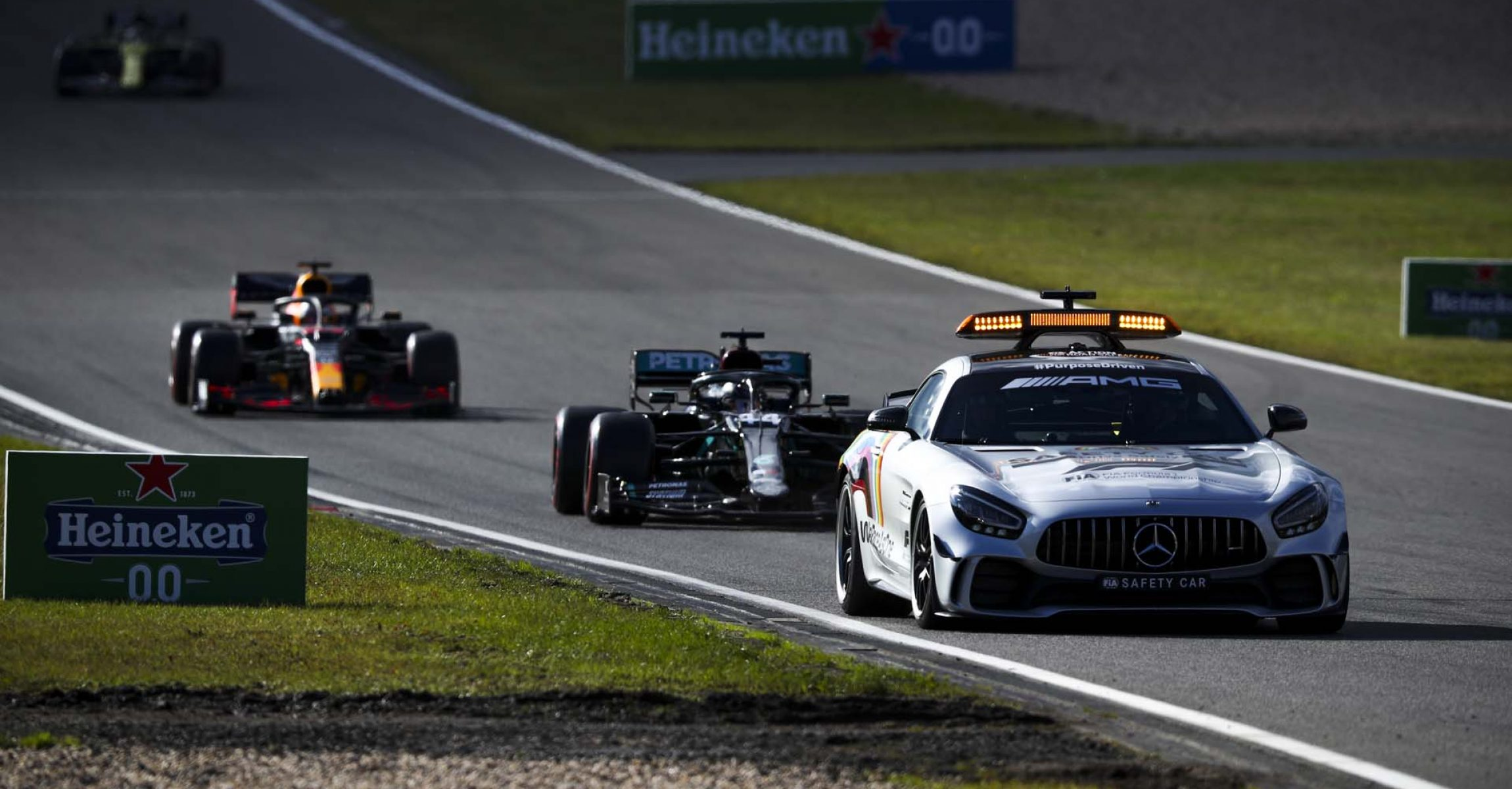 2020 Eifel Grand Prix, Sunday - LAT Images Safety Car Lewis Hamilton Max Verstappen