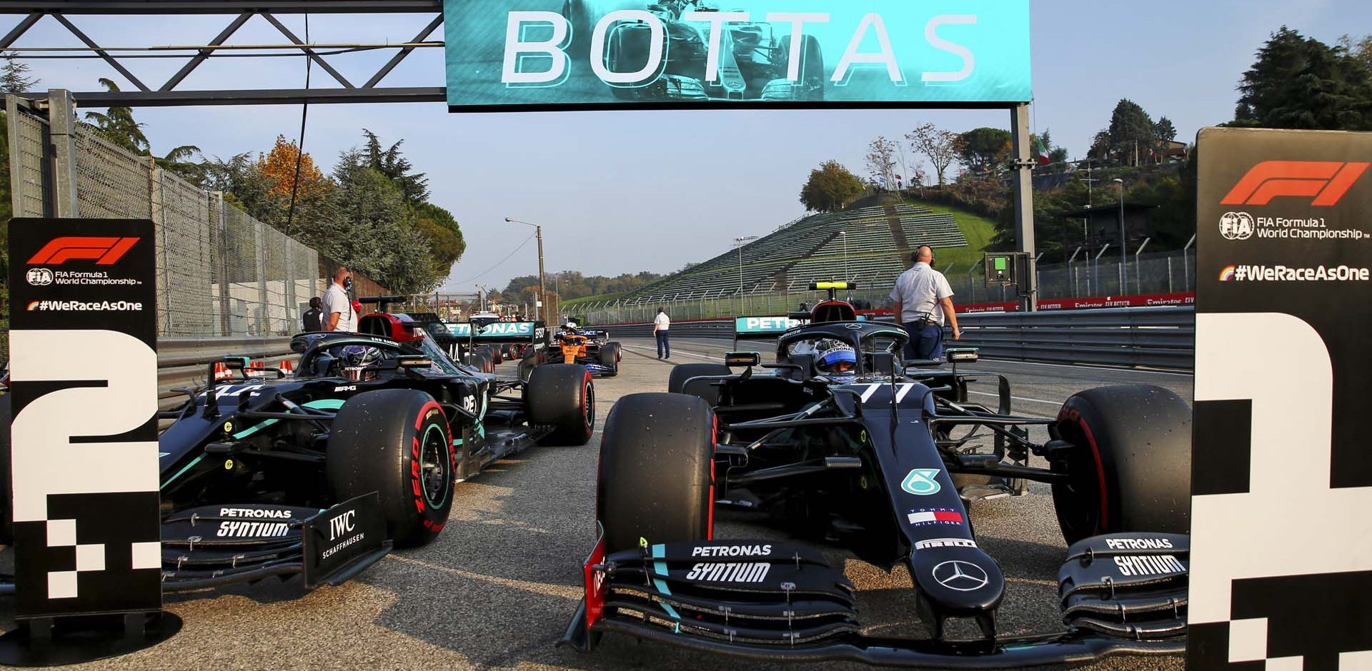 2020 Emilia Romagna Grand Prix, Saturday - LAT Images Mercedes Valtteri Bottas Lewis Hamilton