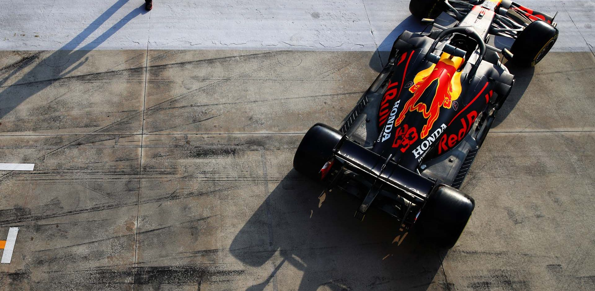 IMOLA, ITALY - OCTOBER 31: Max Verstappen of the Netherlands driving the (33) Aston Martin Red Bull Racing RB16 leaves the garage during qualifying ahead of the F1 Grand Prix of Emilia Romagna at Autodromo Enzo e Dino Ferrari on October 31, 2020 in Imola, Italy. (Photo by Mark Thompson/Getty Images)