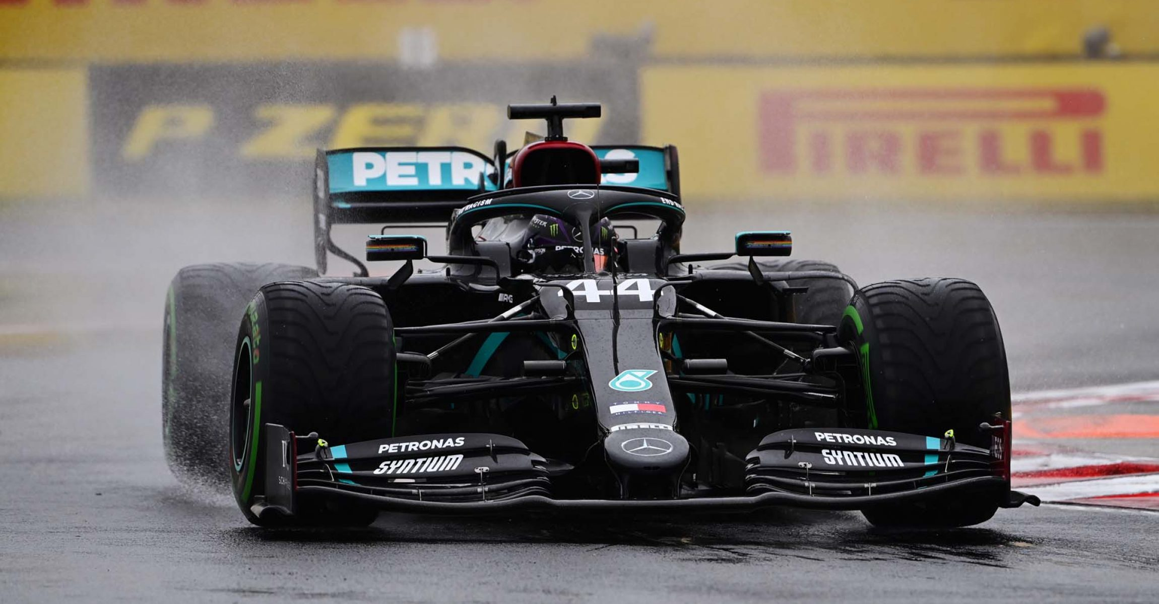 2020 Hungarian Grand Prix, Friday - LAT Images Lewis Hamilton Mercedes