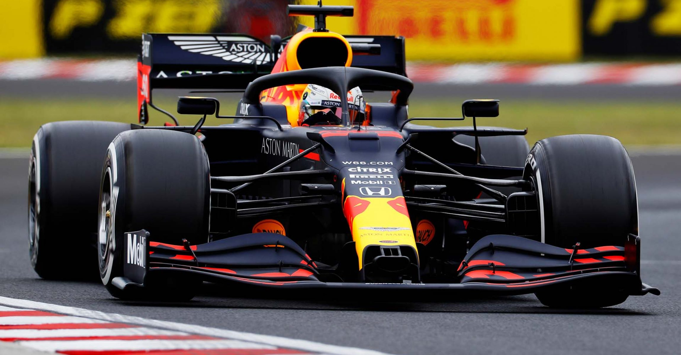 BUDAPEST, HUNGARY - JULY 17: Max Verstappen of the Netherlands driving the (33) Aston Martin Red Bull Racing RB16 on track during practice for the F1 Grand Prix of Hungary at Hungaroring on July 17, 2020 in Budapest, Hungary. (Photo by Leonhard Foeger/Pool via Getty Images) // Getty Images / Red Bull Content Pool // AP-24NGFMU2D1W11 // Usage for editorial use only //