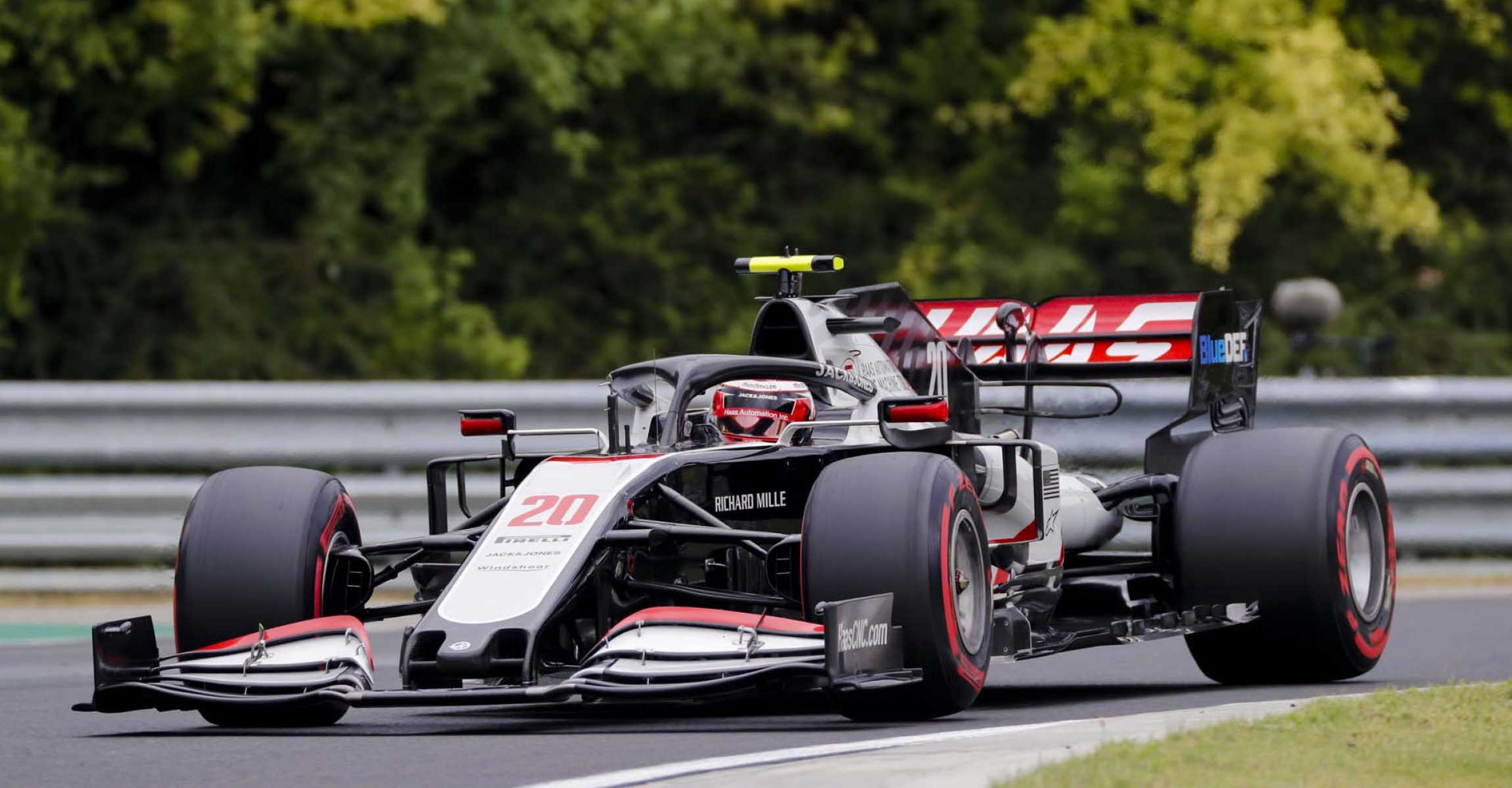 HUNGARORING, HUNGARY - JULY 18: Kevin Magnussen, Haas VF-20 during the Hungarian GP at Hungaroring on Saturday July 18, 2020 in Budapest, Hungary. (Photo by Steven Tee / LAT Images)