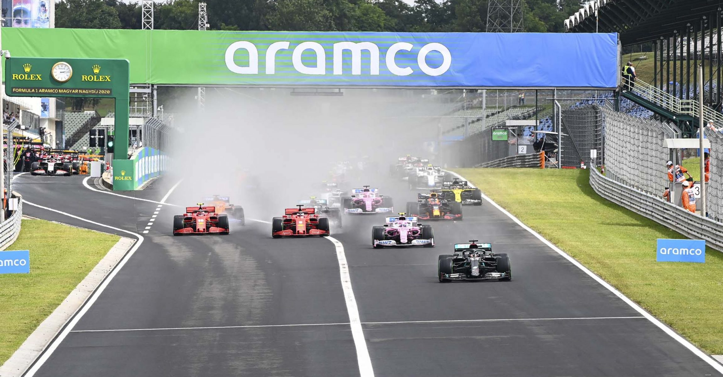 2020 Hungarian Grand Prix, Sunday - LAT Images Hungarian Grand Prix start