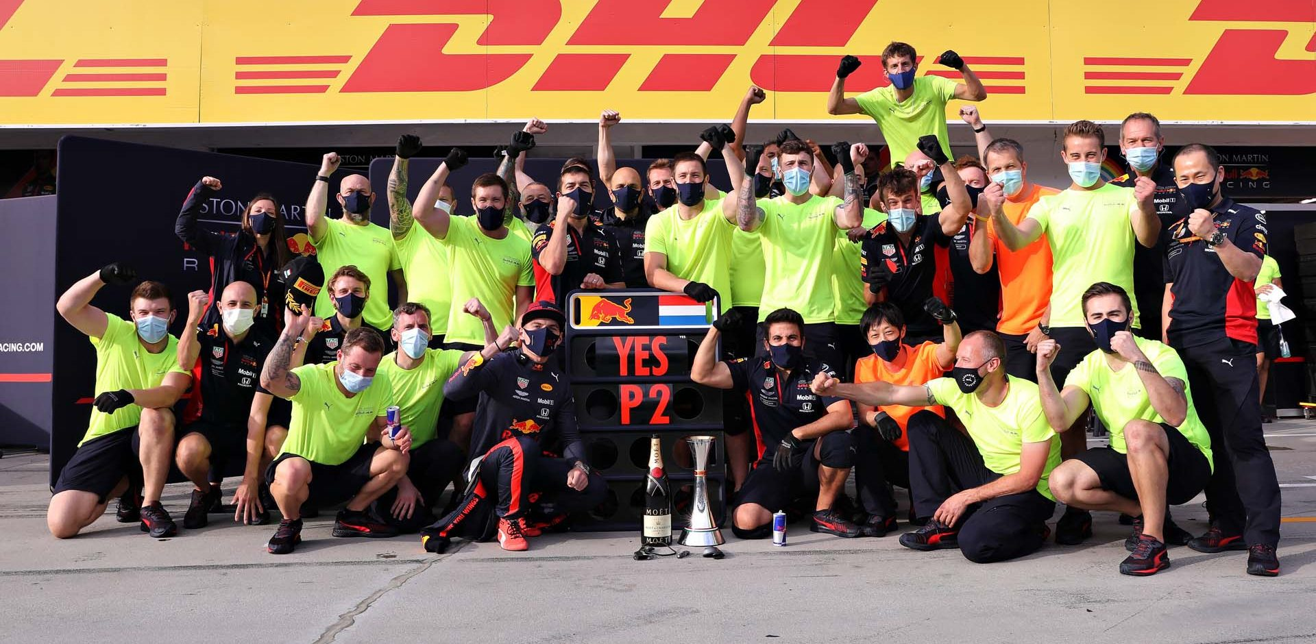 BUDAPEST, HUNGARY - JULY 19: Second placed Max Verstappen of Netherlands and Red Bull Racing celebrates with his team in the Pitlane after the Formula One Grand Prix of Hungary at Hungaroring on July 19, 2020 in Budapest, Hungary. (Photo by Getty Images/Getty Images) // Getty Images / Red Bull Content Pool  // AP-24P7VG8G12111 // Usage for editorial use only //