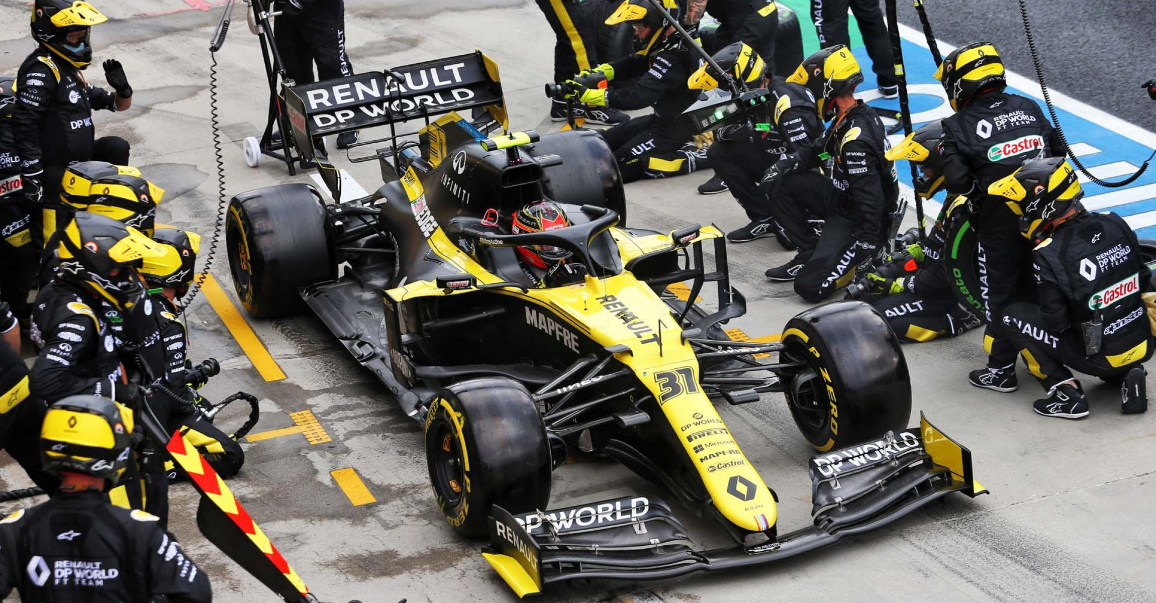 Esteban Ocon (FRA) Renault F1 Team RS20 makes a pit stop. Hungarian Grand Prix, Sunday 19th July 2020. Budapest, Hungary.