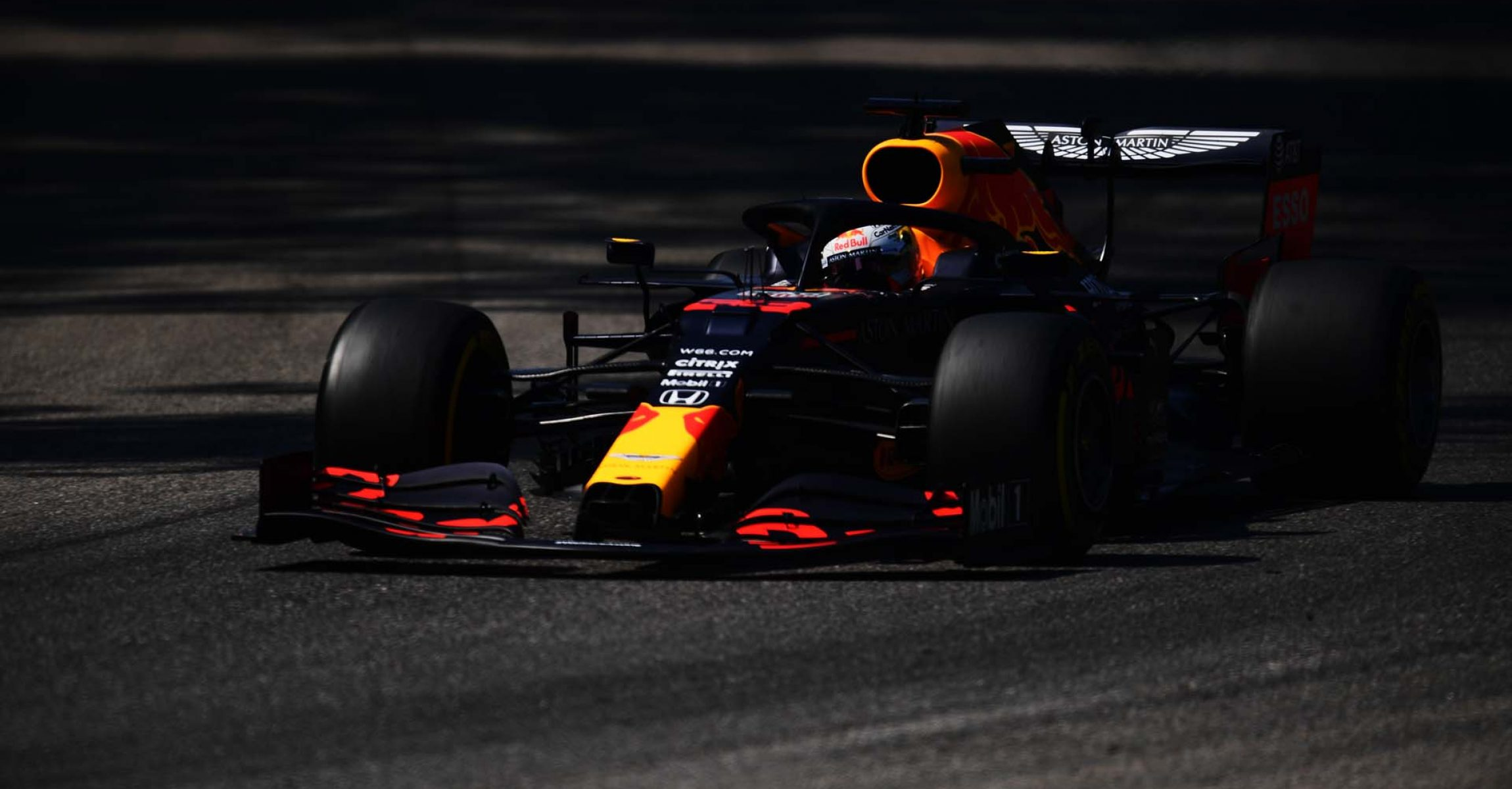 MONZA, ITALY - SEPTEMBER 05: Max Verstappen of the Netherlands driving the (33) Aston Martin Red Bull Racing RB16 during final practice for the F1 Grand Prix of Italy at Autodromo di Monza on September 05, 2020 in Monza, Italy. (Photo by Miguel Medina -  Pool/Getty Images)