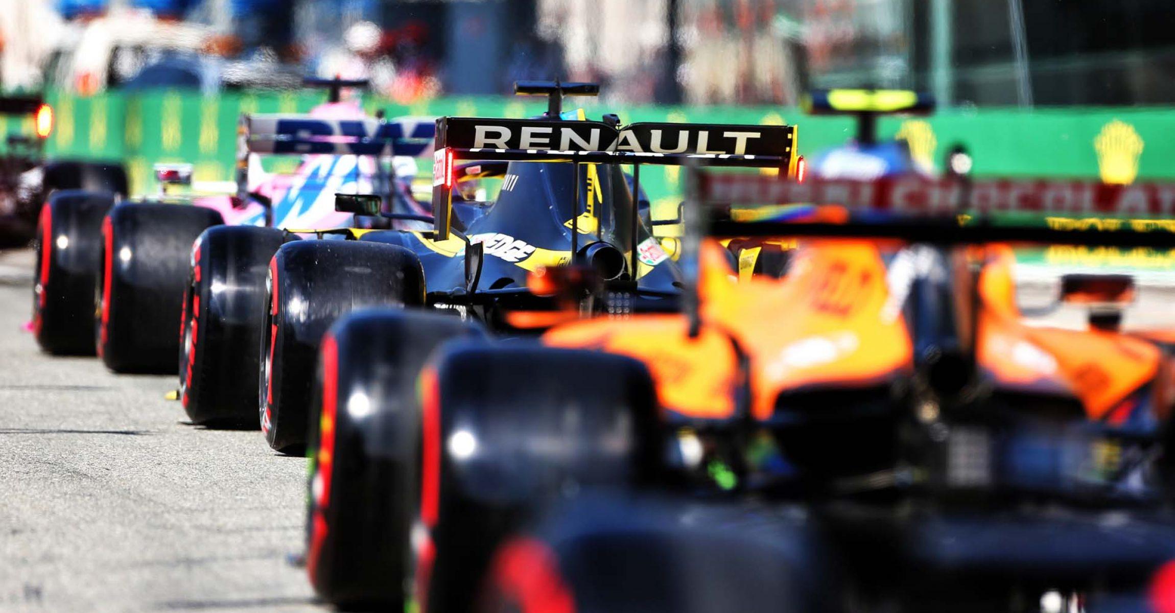 Daniel Ricciardo (AUS) Renault F1 Team RS20 leaves the pits. Italian Grand Prix, Saturday 5th September 2020. Monza Italy.