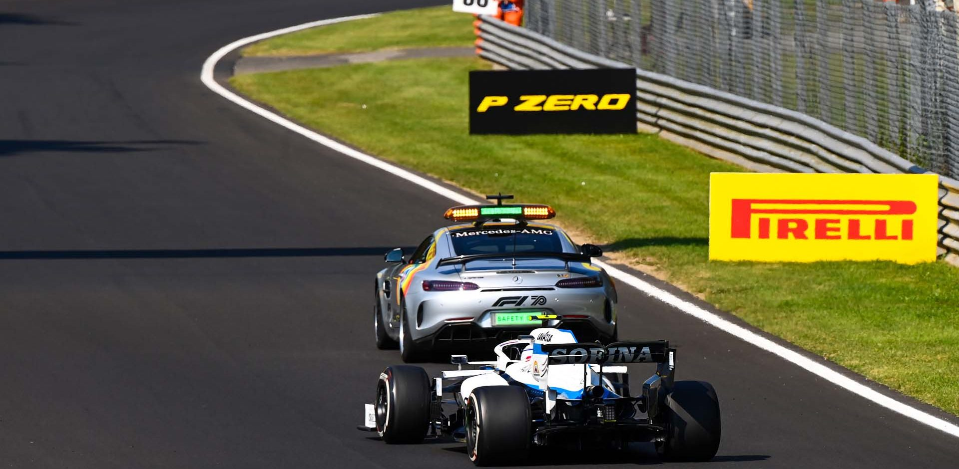 AUTODROMO NAZIONALE MONZA, ITALY - SEPTEMBER 06: The Safety Car leads Nicholas Latifi, Williams FW43 during the Italian GP at Autodromo Nazionale Monza on Sunday September 06, 2020 in Monza, Italy. (Photo by Mark Sutton / LAT Images)