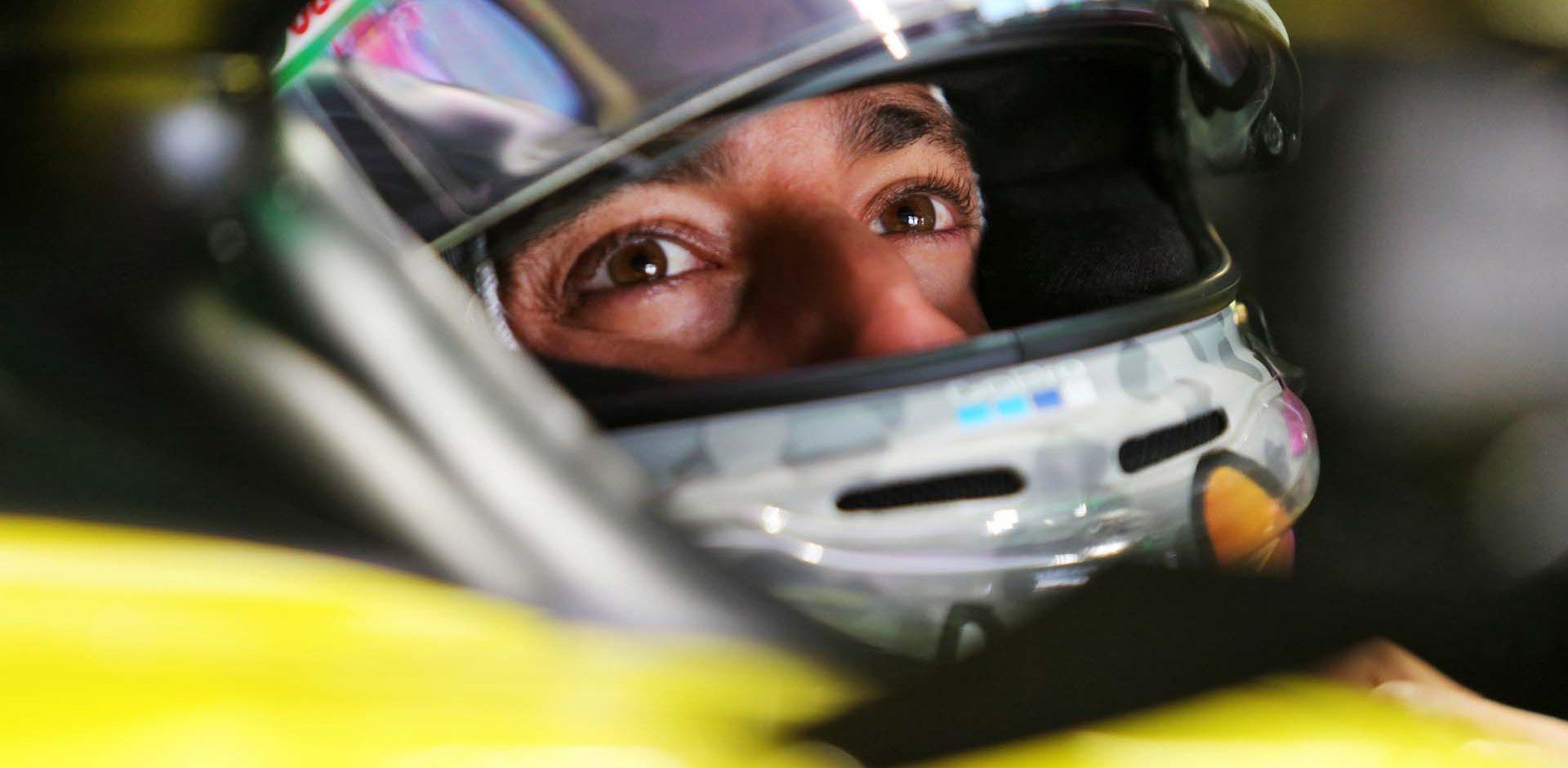 Daniel Ricciardo (AUS) Renault F1 Team RS20. Portuguese Grand Prix, Friday 23rd October 2020. Portimao, Portugal.