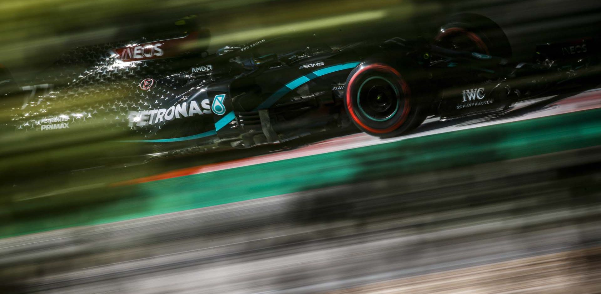 2020 Portuguese Grand Prix, Saturday - LAT Images Lewis Hamilton Mercedes beauty