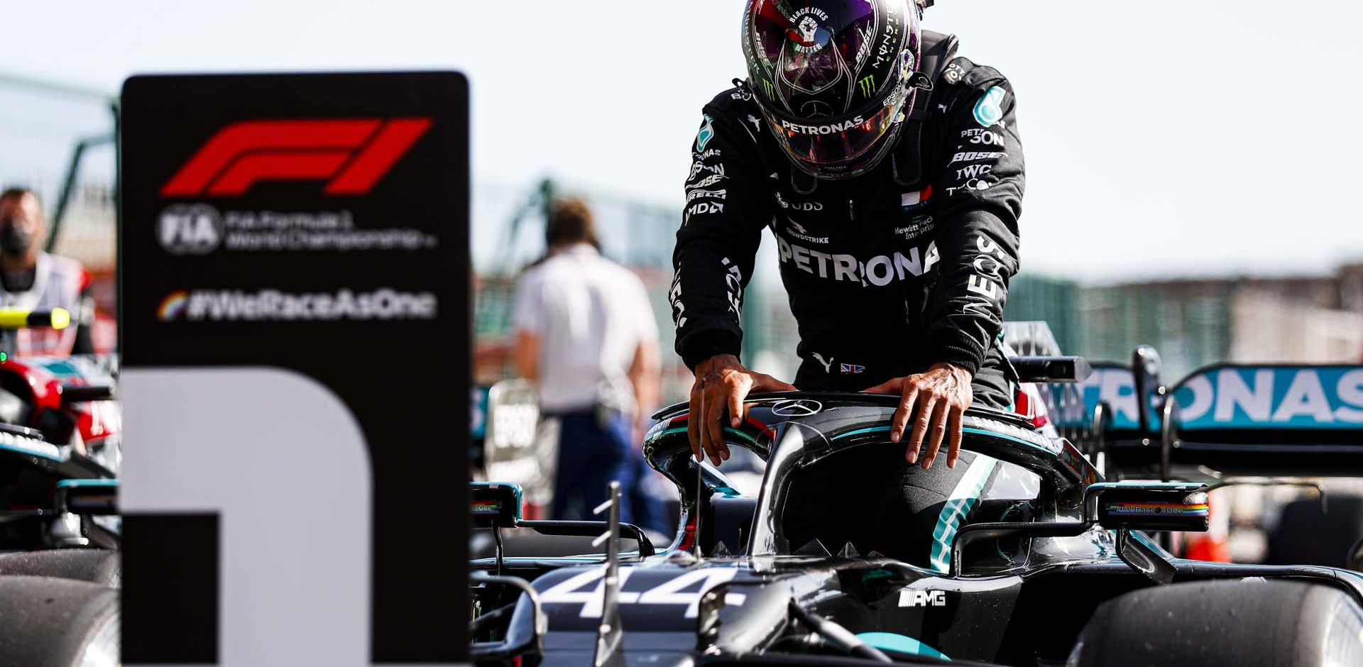 2020 Portuguese Grand Prix, Saturday - LAT Images Lewis Hamilton Mercedes