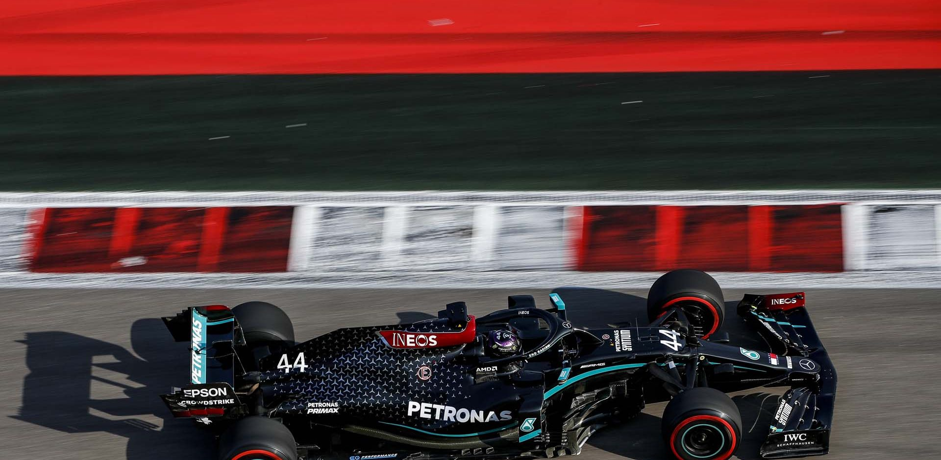 2020 Russian Grand Prix, Friday - LAT Images Lewis Hamilton Mercedes