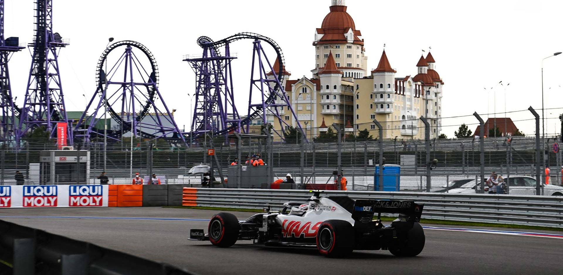 SOCHI AUTODROM, RUSSIAN FEDERATION - SEPTEMBER 26: Kevin Magnussen, Haas VF-20 during the Russian GP at Sochi Autodrom on Saturday September 26, 2020 in Sochi, Russian Federation. (Photo by Mark Sutton / LAT Images)
