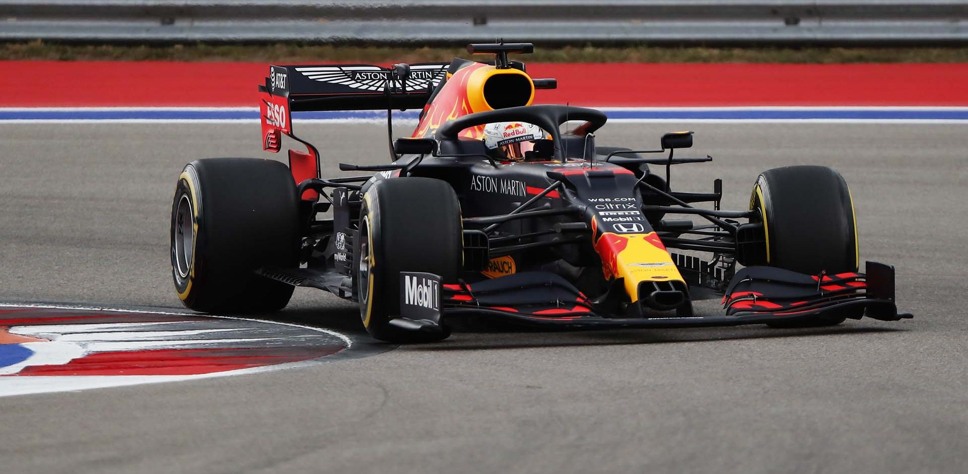 SOCHI, RUSSIA - SEPTEMBER 26: Max Verstappen of the Netherlands driving the (33) Aston Martin Red Bull Racing RB16 on track during qualifying ahead of the F1 Grand Prix of Russia at Sochi Autodrom on September 26, 2020 in Sochi, Russia. (Photo by Maxim Shemetov - Pool/Getty Images)