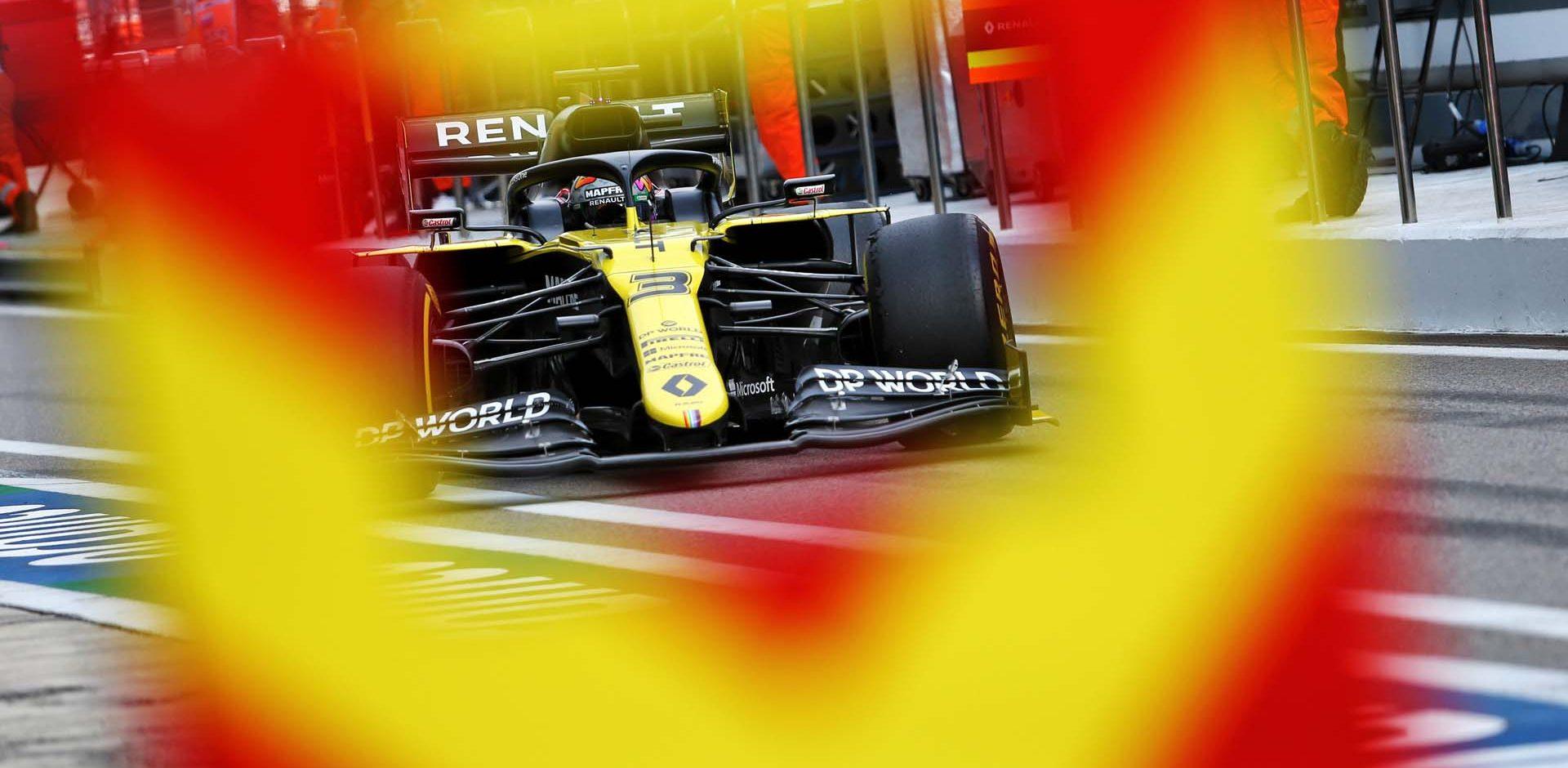 Daniel Ricciardo (AUS) Renault F1 Team RS20. Russian Grand Prix, Saturday 26th September 2020. Sochi Autodrom, Sochi, Russia.