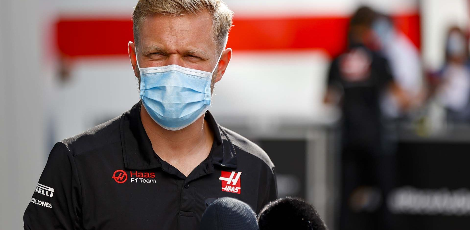 SOCHI AUTODROM, RUSSIAN FEDERATION - SEPTEMBER 24: Kevin Magnussen, Haas F1 speak to the media during the Russian GP at Sochi Autodrom on Thursday September 24, 2020 in Sochi, Russian Federation. (Photo by Andy Hone / LAT Images)
