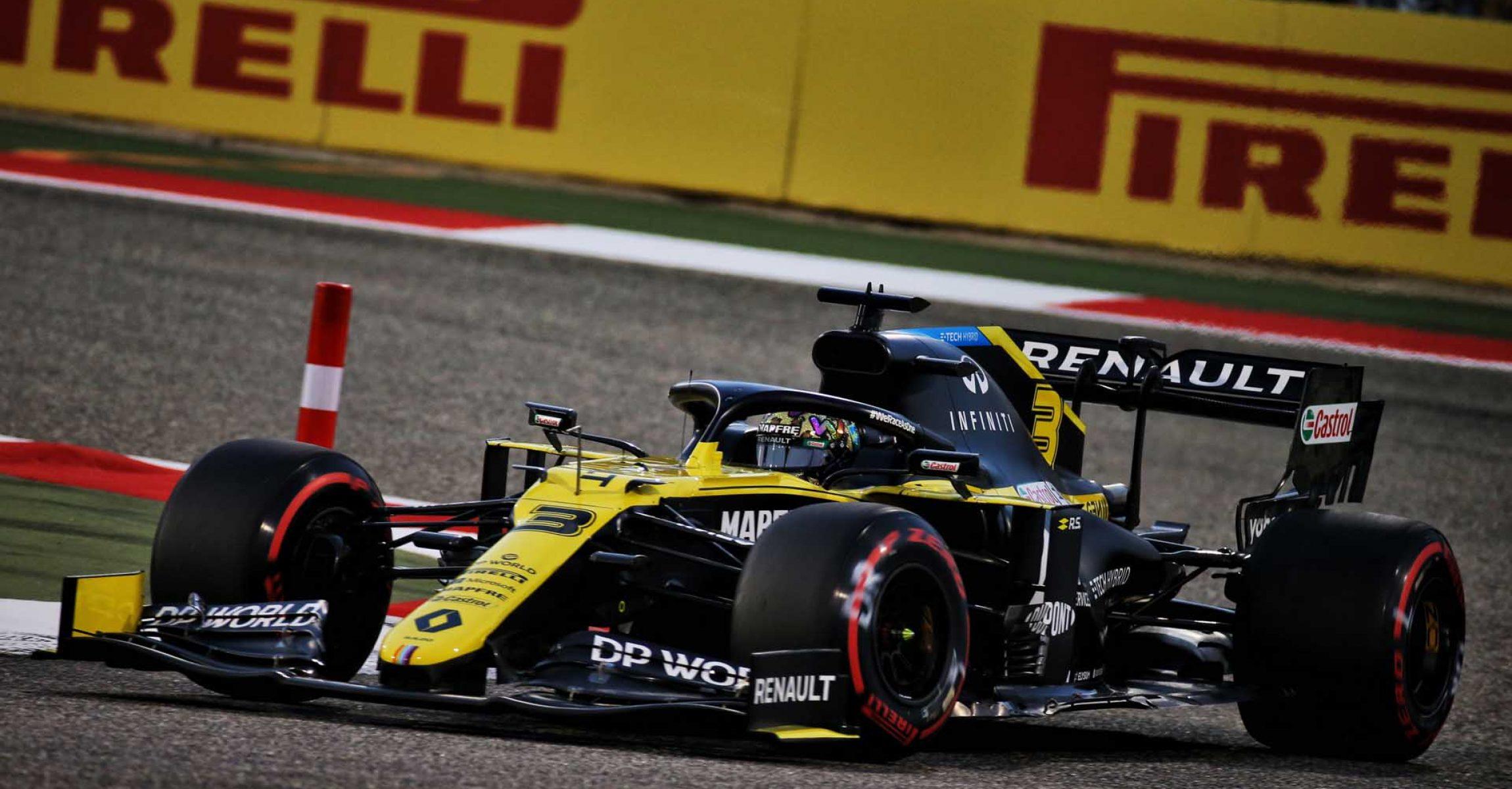 Daniel Ricciardo (AUS) Renault F1 Team RS20. Sakhir Grand Prix, Friday 4th December 2020. Sakhir, Bahrain.