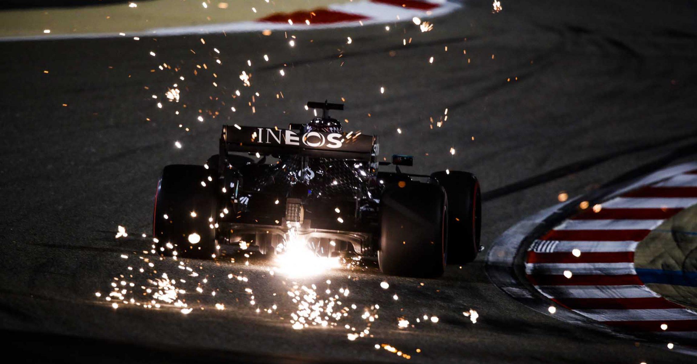 2020 Sakhir Grand Prix, Saturday – Wolfgang Wilhelm George Russell Mercedes sparks