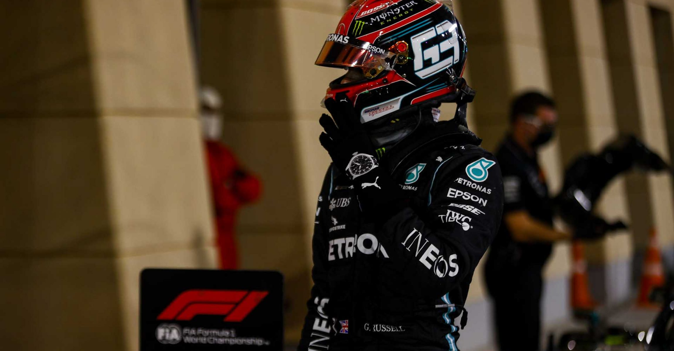 2020 Sakhir Grand Prix, Saturday – LAT Images George Russell Mercedes