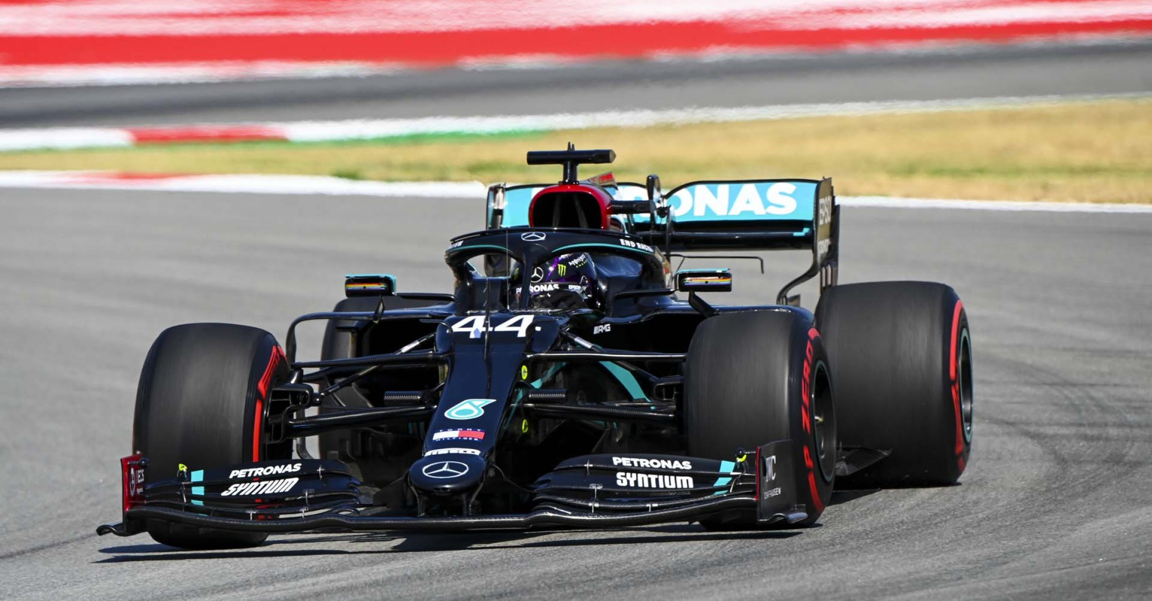 2020 Spanish Grand Prix, Friday - LAT Images Lewis Hamilton Mercedes