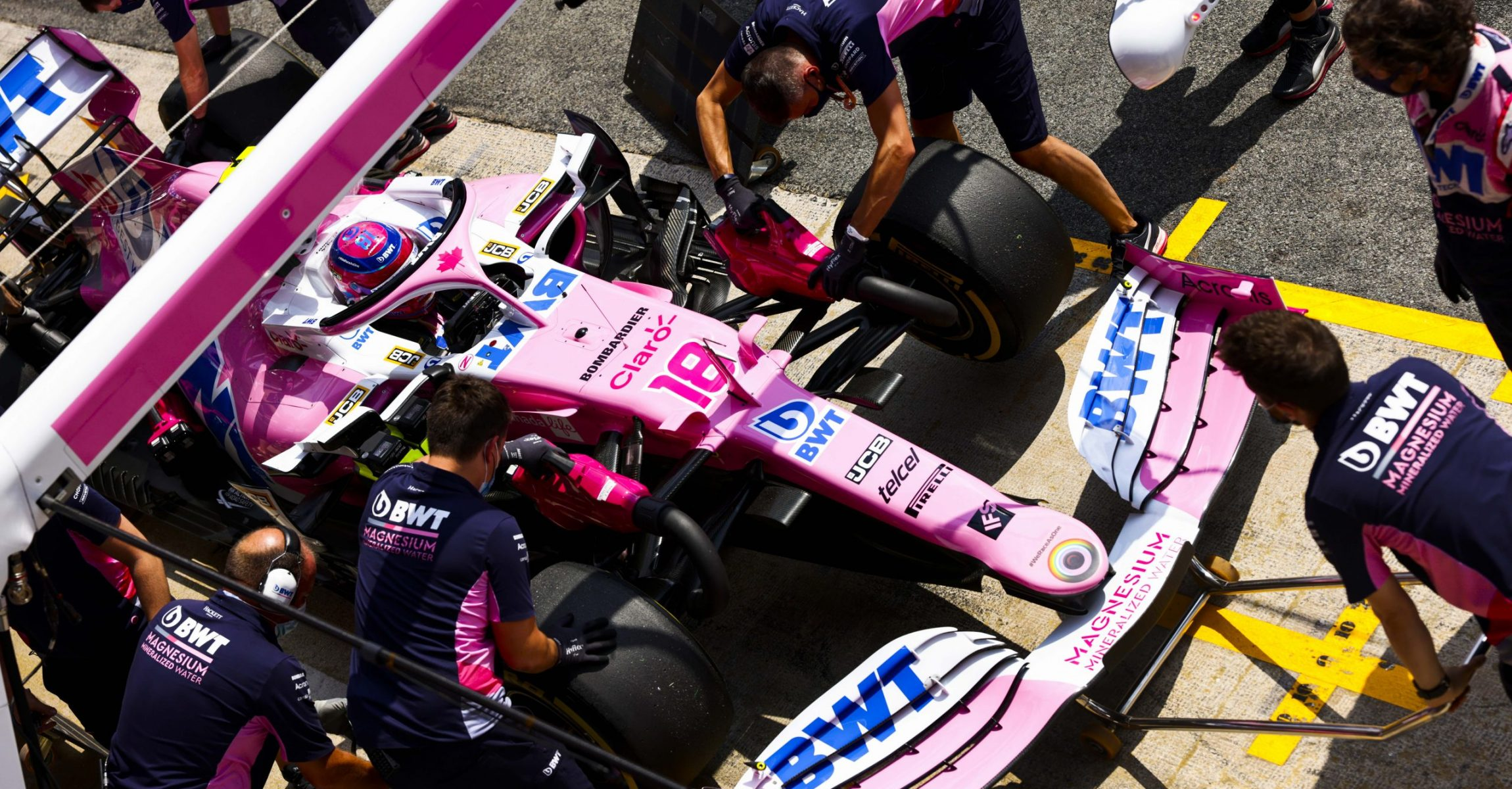 Lance Stroll, Racing Point RP20, in the pits