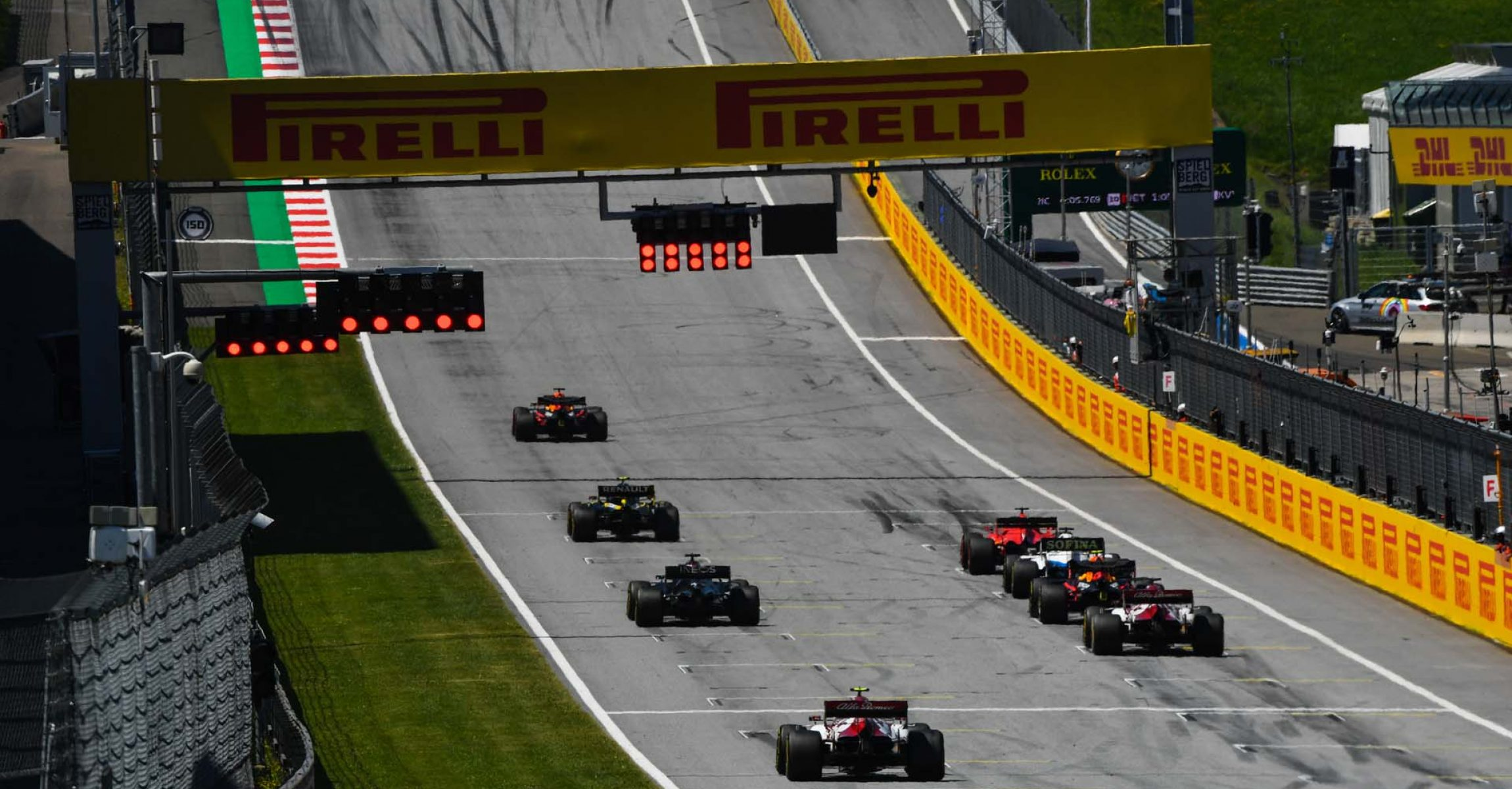 RED BULL RING, AUSTRIA - JULY 10: The drivers line up to practice their start procedures at the end of the session during the Styrian GP at Red Bull Ring on Friday July 10, 2020 in Spielberg, Austria. (Photo by Mark Sutton / LAT Images)