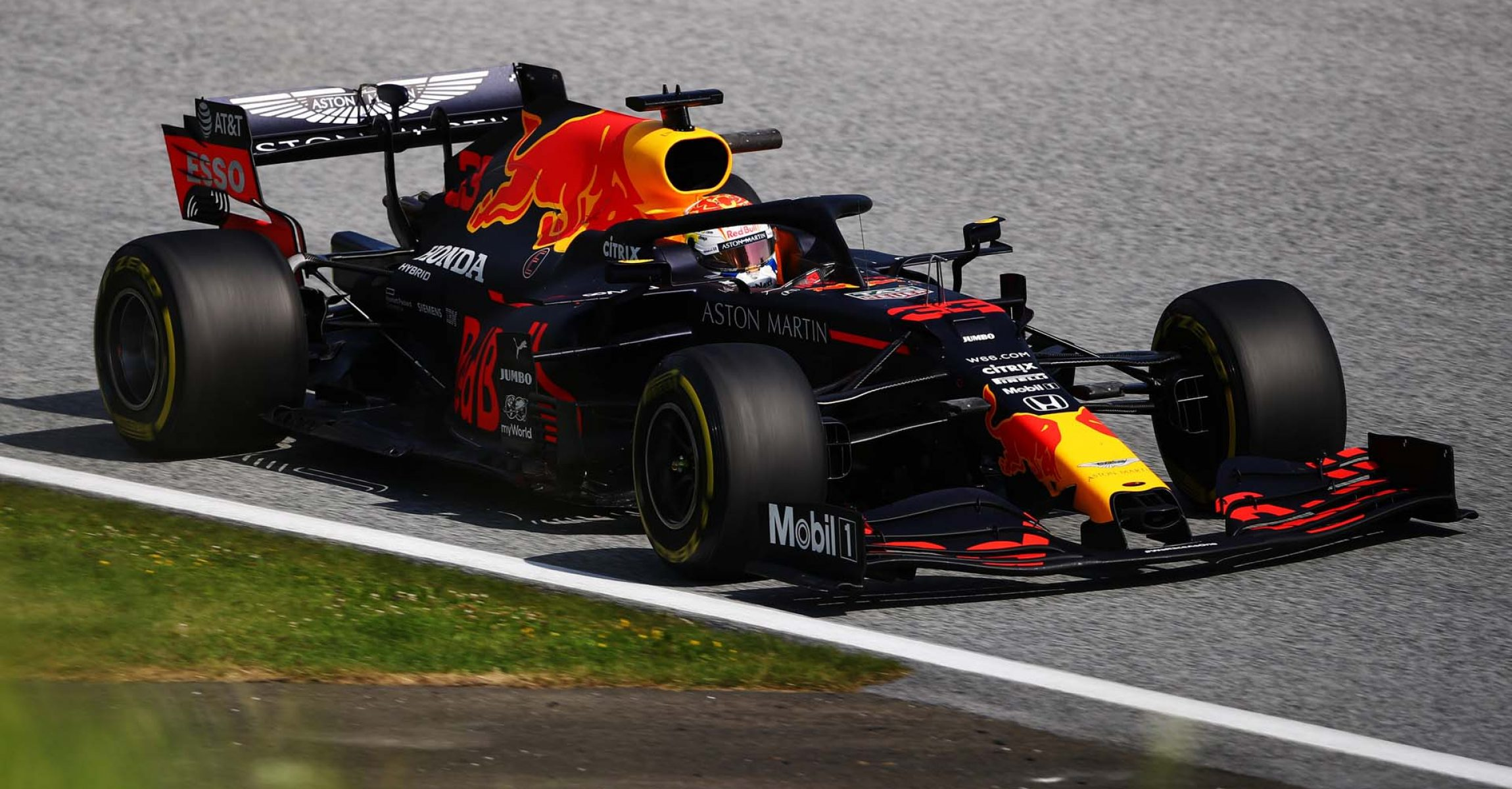 SPIELBERG, AUSTRIA - JULY 10: Max Verstappen of the Netherlands driving the (33) Aston Martin Red Bull Racing RB16 on track during practice for the F1 Grand Prix of Styria at Red Bull Ring on July 10, 2020 in Spielberg, Austria. (Photo by Bryn Lennon/Getty Images) // Getty Images / Red Bull Content Pool // AP-24KAPDBDW2111 // Usage for editorial use only //