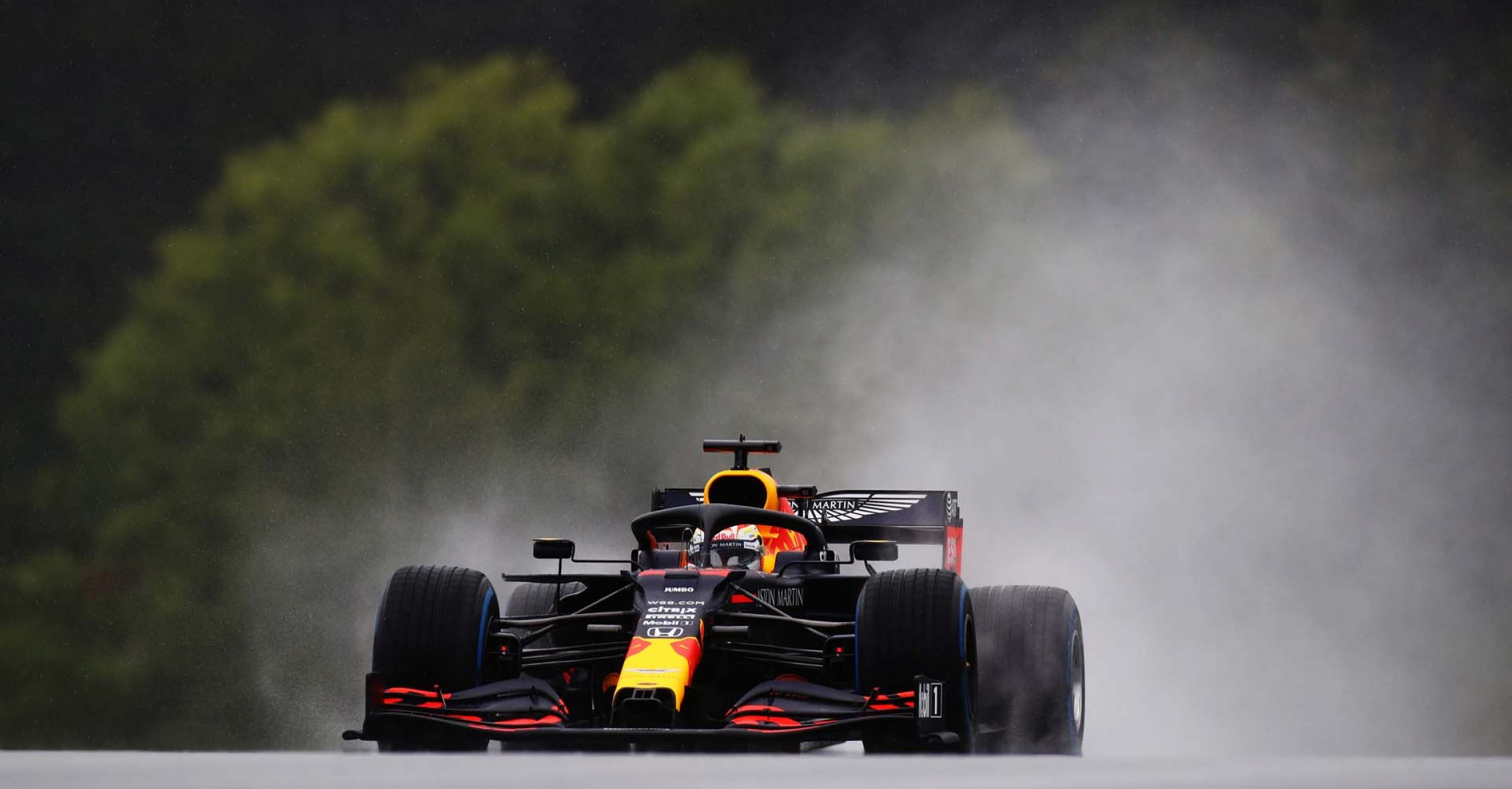 SPIELBERG, AUSTRIA - JULY 11: Max Verstappen of the Netherlands driving the (33) Aston Martin Red Bull Racing RB16 on track during qualifying for the Formula One Grand Prix of Styria at Red Bull Ring on July 11, 2020 in Spielberg, Austria. (Photo by Mark Thompson/Getty Images) // Getty Images / Red Bull Content Pool // AP-24KM92CM92111 // Usage for editorial use only //