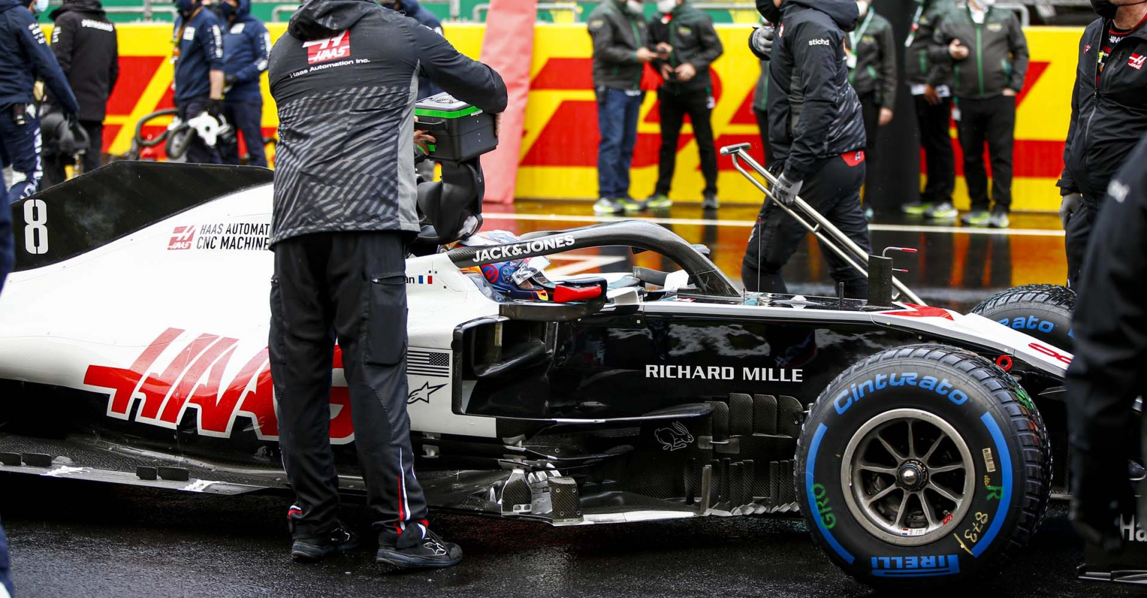 ISTANBUL PARK, TURKEY - NOVEMBER 15: Romain Grosjean, Haas VF-20 on the grid during the Turkish GP at Istanbul Park on Sunday November 15, 2020, Turkey. (Photo by Andy Hone / LAT Images)