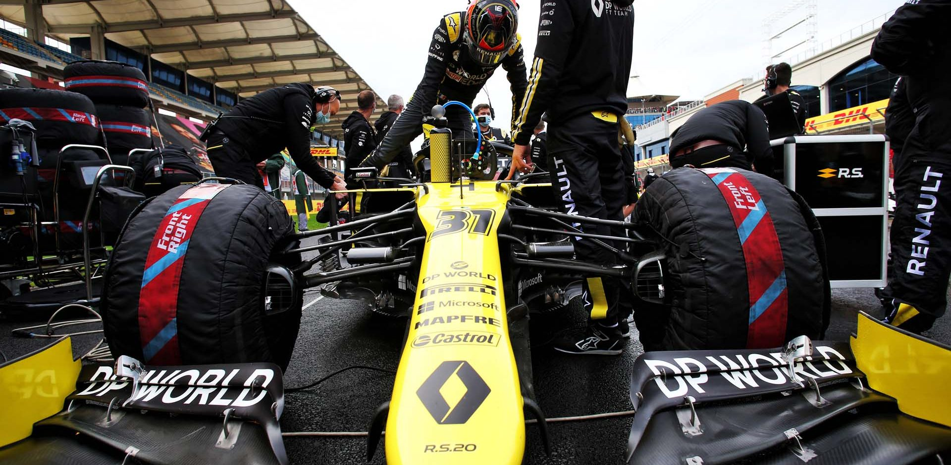 Esteban Ocon (FRA) Renault F1 Team RS20 on the grid. Turkish Grand Prix, Sunday 15th November 2020. Istanbul, Turkey.