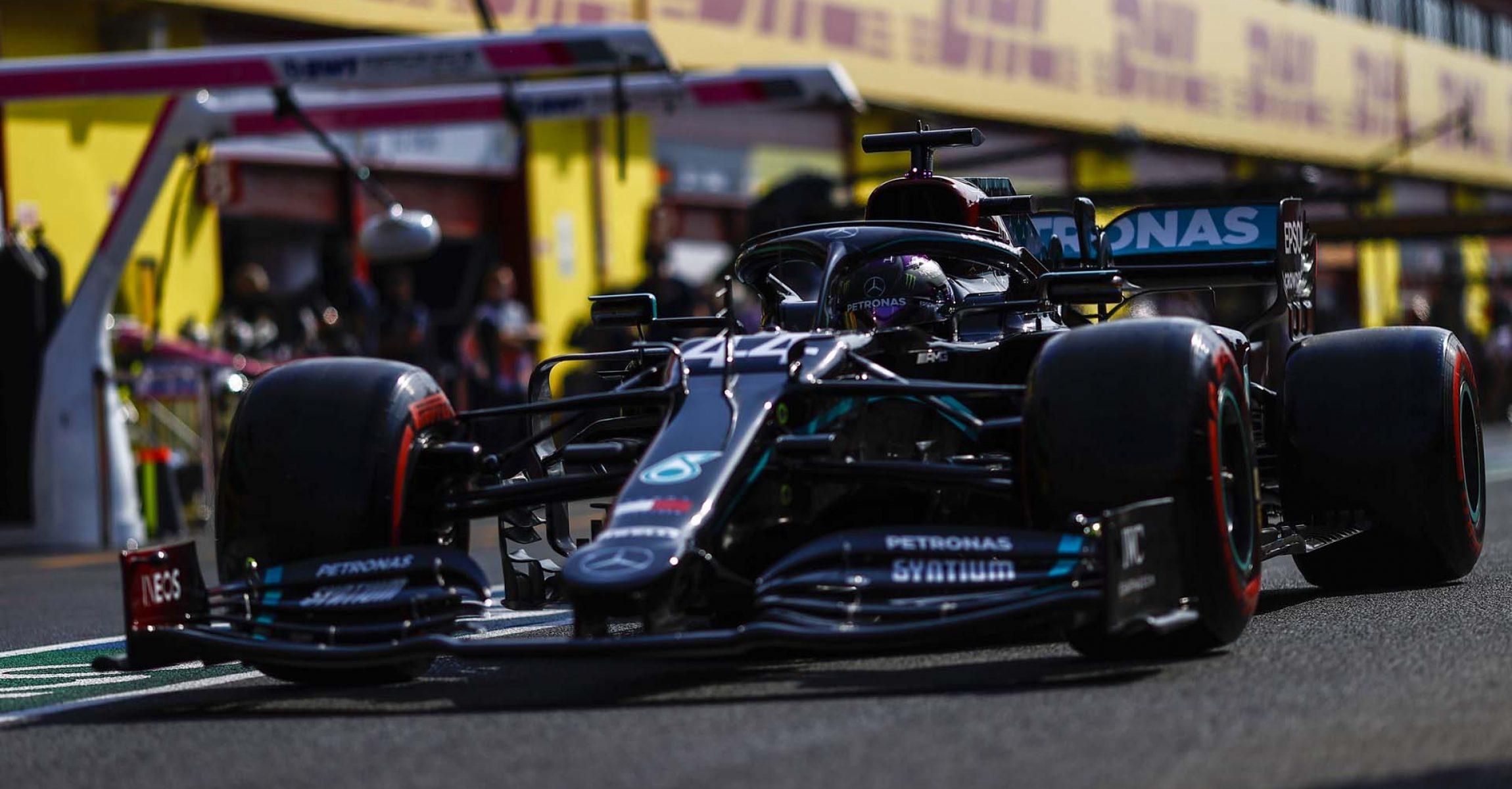2020 Tuscan Grand Prix, Friday - LAT Images Lewis Hamilton Mercedes