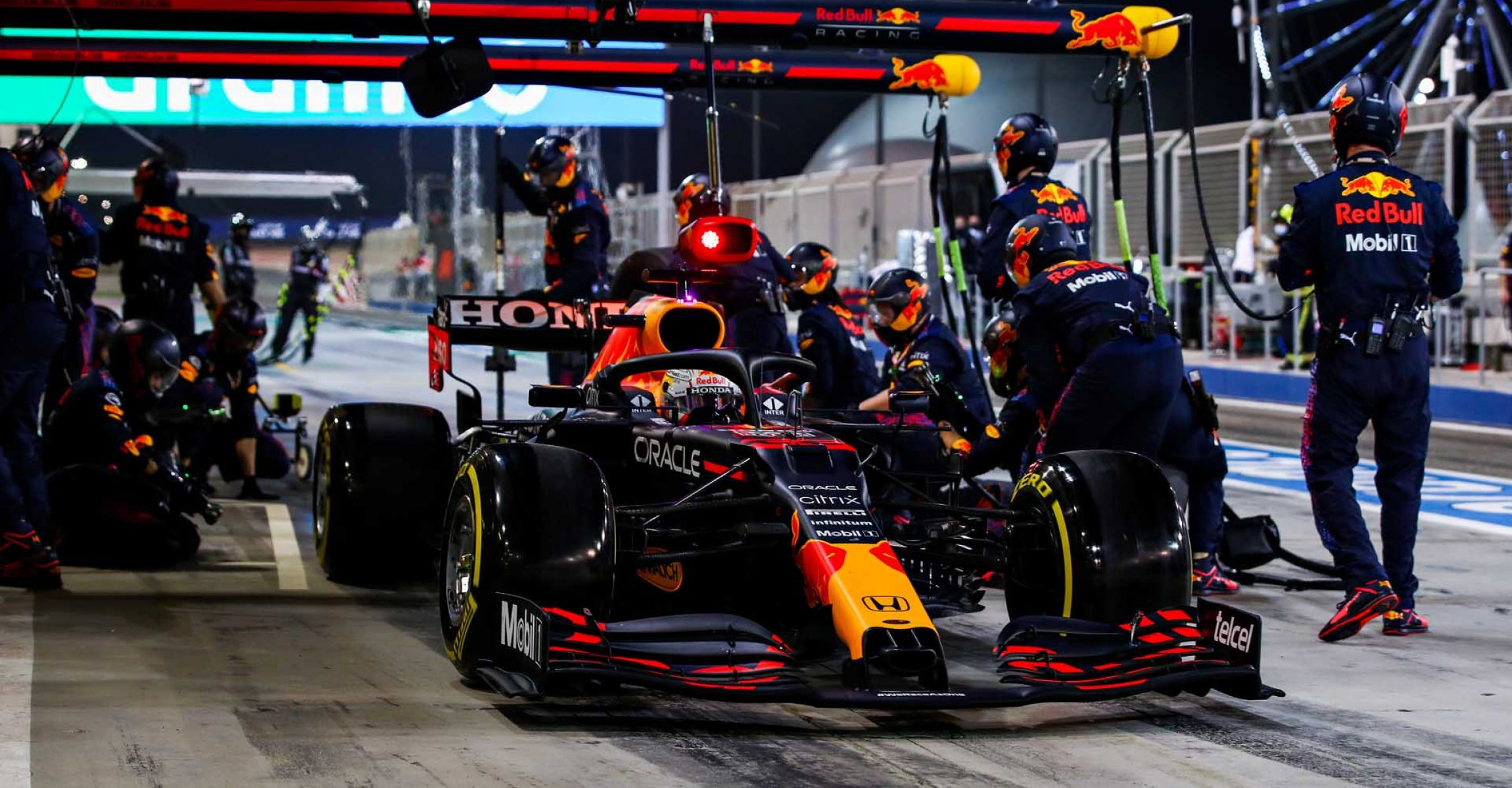 BAHRAIN, BAHRAIN - MARCH 28: Max Verstappen of the Netherlands driving the (33) Red Bull Racing RB16B Honda makes a pitstop during the F1 Grand Prix of Bahrain at Bahrain International Circuit on March 28, 2021 in Bahrain, Bahrain. (Photo by Mark Thompson/Getty Images)