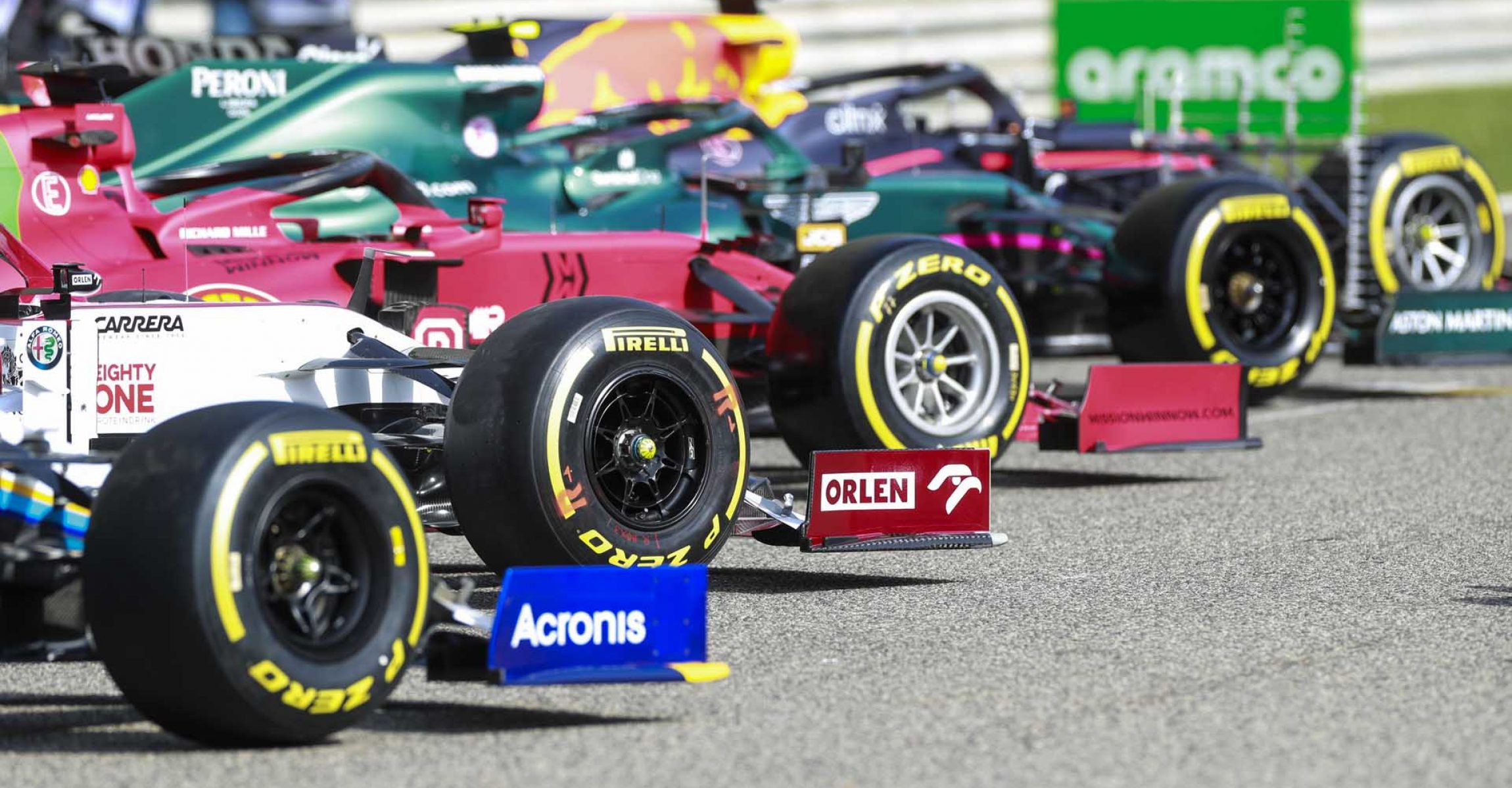 BAHRAIN INTERNATIONAL CIRCUIT, BAHRAIN - MARCH 12: Pirelli tires on the Alfa Romeo Racing C41 during the Bahrain March testing at Bahrain International Circuit on Friday March 12, 2021 in Sakhir, Bahrain. (Photo by Steven Tee / LAT Images)