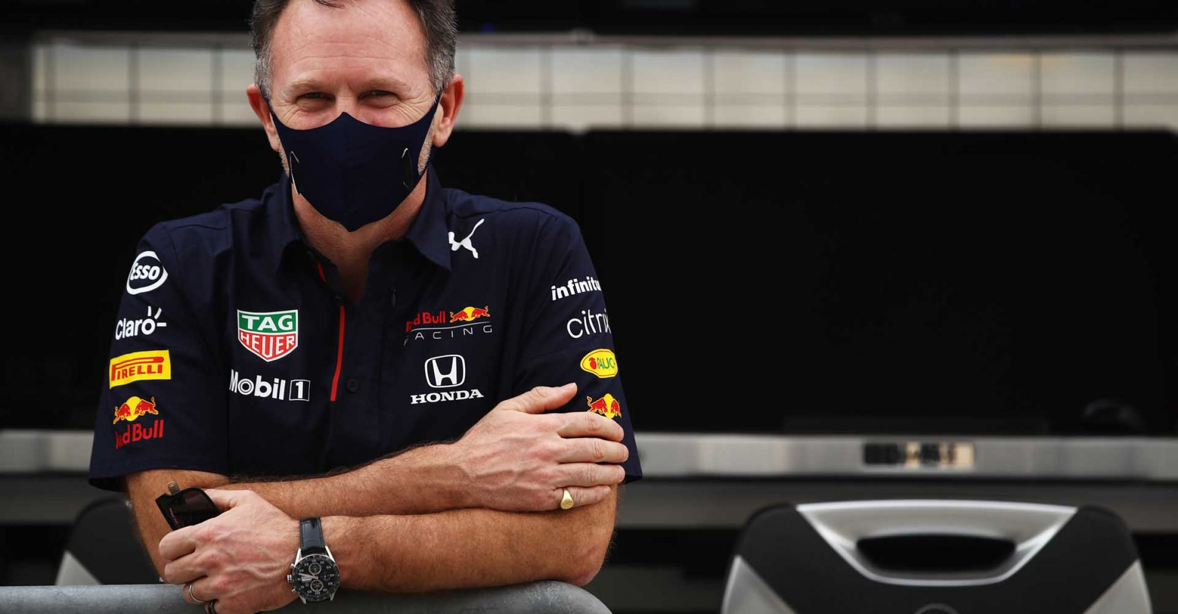 BAHRAIN, BAHRAIN - MARCH 12: Red Bull Racing Team Principal Christian Horner looks on from the pitwall during Day One of F1 Testing at Bahrain International Circuit on March 12, 2021 in Bahrain, Bahrain. (Photo by Mark Thompson/Getty Images) // Getty Images / Red Bull Content Pool  // SI202103121082 // Usage for editorial use only //