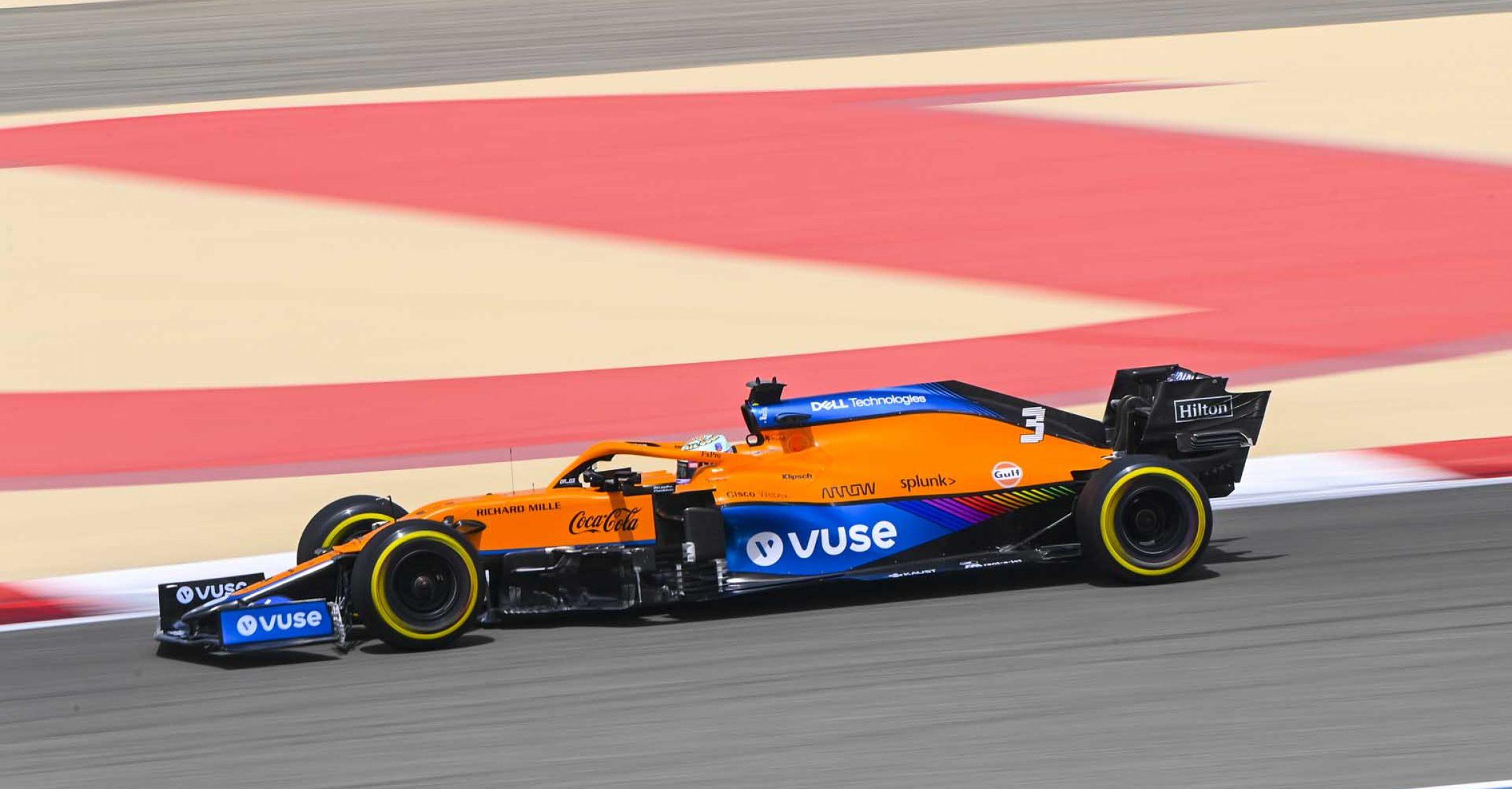 BAHRAIN INTERNATIONAL CIRCUIT, BAHRAIN - MARCH 13: Daniel Ricciardo, McLaren MCL35M during the Bahrain March testing at Bahrain International Circuit on Saturday March 13, 2021 in Sakhir, Bahrain. (Photo by Mark Sutton / LAT Images)