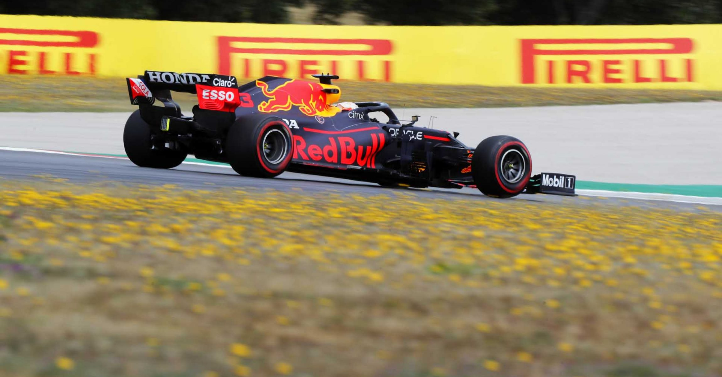 ALGARVE INTERNATIONAL CIRCUIT, PORTUGAL - MAY 01: Max Verstappen, Red Bull Racing RB16B during the Portuguese GP at Algarve International Circuit on Saturday May 01, 2021 in Portimao, Portugal. (Photo by Steven Tee / LAT Images)