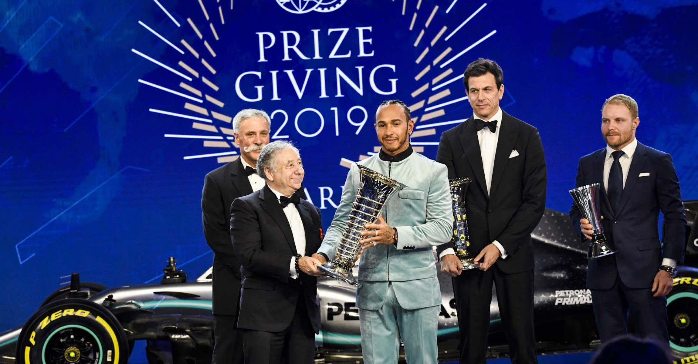 Lewis Hamilton with Toto Wolff, Valtteri Bottas, Chase Carey and Jean Todt, portrait during the FIA Prize Giving at Carrousel du Louvre, Paris december 8, 2019 - Photo Eric Vargiolu / DPPI