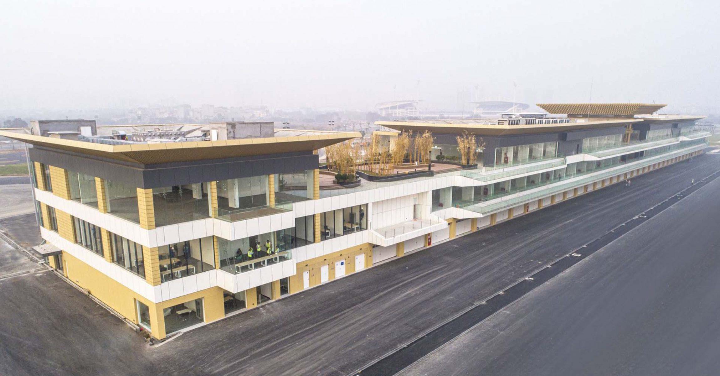 Hanoi, Vietnam Grand Prix, pit building