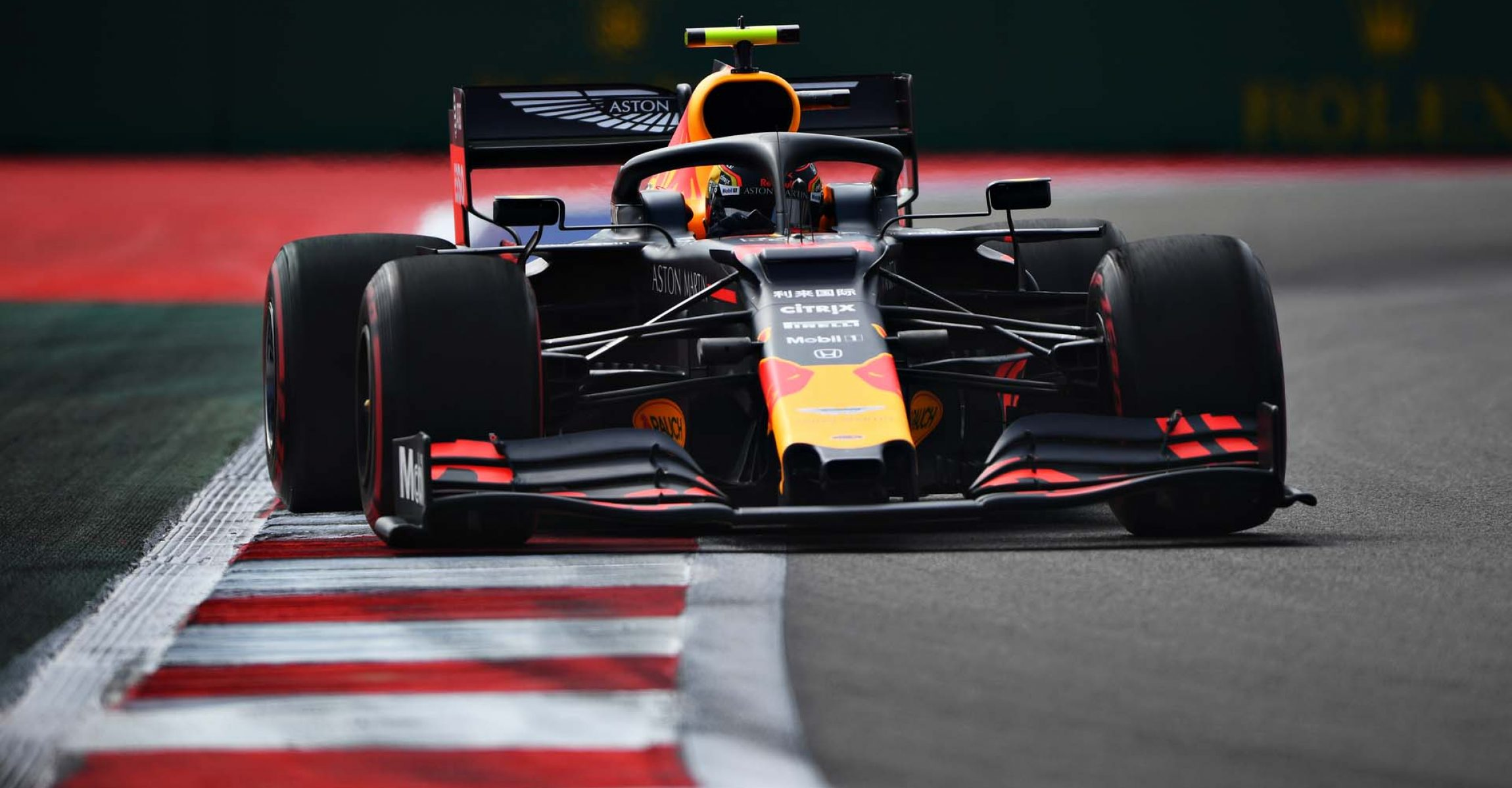 SOCHI, RUSSIA - SEPTEMBER 27: Alexander Albon of Thailand driving the (23) Aston Martin Red Bull Racing RB15 on track during practice for the F1 Grand Prix of Russia at Sochi Autodrom on September 27, 2019 in Sochi, Russia. (Photo by Clive Mason/Getty Images) // Getty Images / Red Bull Content Pool  // AP-21PUQQT6W2111 // Usage for editorial use only //