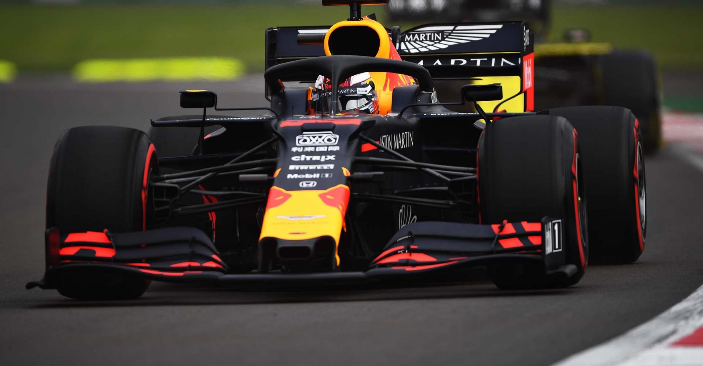 MEXICO CITY, MEXICO - OCTOBER 25: Max Verstappen of the Netherlands driving the (33) Aston Martin Red Bull Racing RB15 on track during practice for the F1 Grand Prix of Mexico at Autodromo Hermanos Rodriguez on October 25, 2019 in Mexico City, Mexico. (Photo by Clive Mason/Getty Images) // Getty Images / Red Bull Content Pool // AP-21YZNBSF12111 // Usage for editorial use only //
