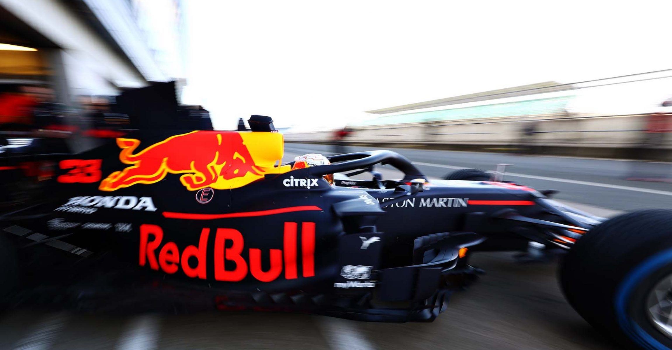 NORTHAMPTON, ENGLAND - FEBRUARY 12: Max Verstappen of the Netherlands driving the (33) Aston Martin Red Bull Racing RB16 leaves the garage during the Red Bull Racing RB16 launch at Silverstone Circuit on February 12, 2020 in Northampton, England. (Photo by Mark Thompson/Getty Images) // Getty Images / Red Bull Content Pool // AP-233AVCGC91W11 // Usage for editorial use only //