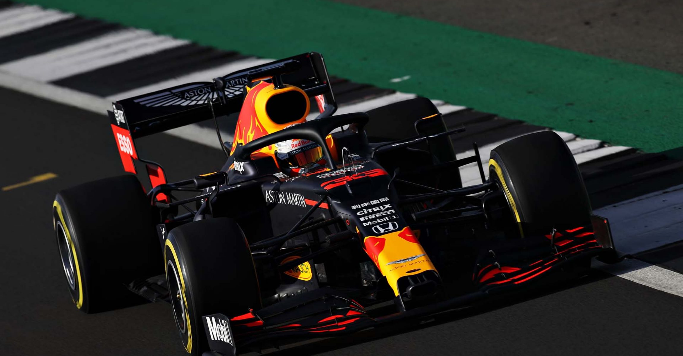 NORTHAMPTON, ENGLAND - FEBRUARY 12: Max Verstappen of the Netherlands driving the (33) Aston Martin Red Bull Racing RB16 during the Red Bull Racing RB16 launch at Silverstone Circuit on February 12, 2020 in Northampton, England. (Photo by Mark Thompson/Getty Images) // Getty Images / Red Bull Content Pool // AP-233BNZ7CS2111 // Usage for editorial use only //