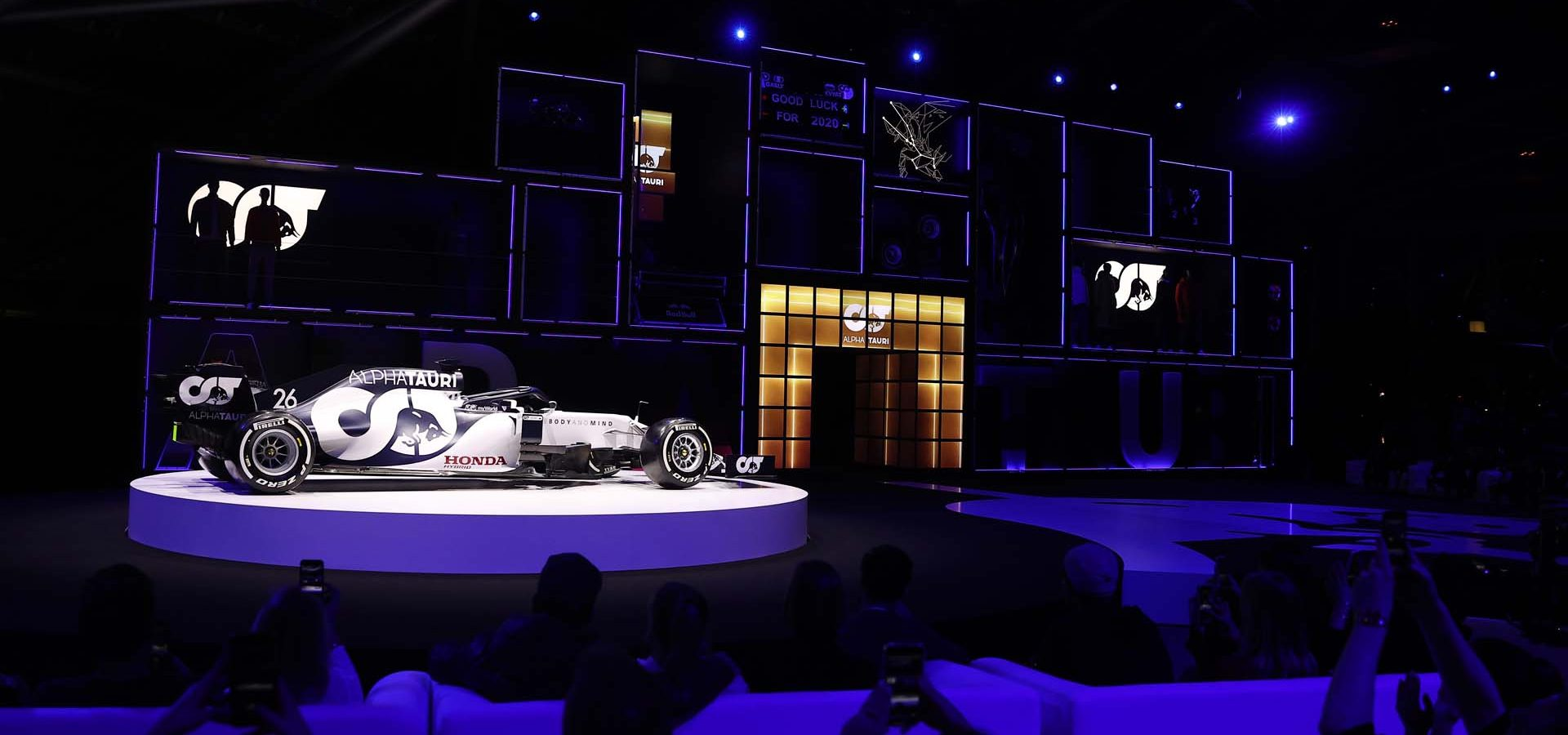 SALZBURG, AUSTRIA - FEBRUARY 14: General view as the Car is revealed during the Scuderia AlphaTauri AT01 Livery launch on February 14, 2020 in Salzburg, Austria.  (Photo by Lars Baron/Getty Images) // Getty Images / Red Bull Content Pool  // AP-2342Y7SG52111 // Usage for editorial use only //