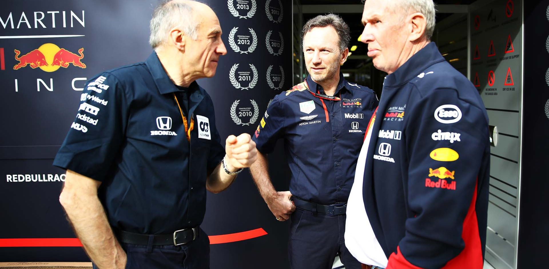 MELBOURNE, AUSTRALIA - MARCH 13: Red Bull Racing Team Principal Christian Horner, Scuderia AlphaTauri Team Principal Franz Tost and Red Bull Racing Team Consultant Dr Helmut Marko talk in the Paddock before practice for the F1 Grand Prix of Australia at Melbourne Grand Prix Circuit on March 13, 2020 in Melbourne, Australia. (Photo by Mark Thompson/Getty Images) // Getty Images / Red Bull Content Pool  // AP-23CT8GAMW1W11 // Usage for editorial use only //